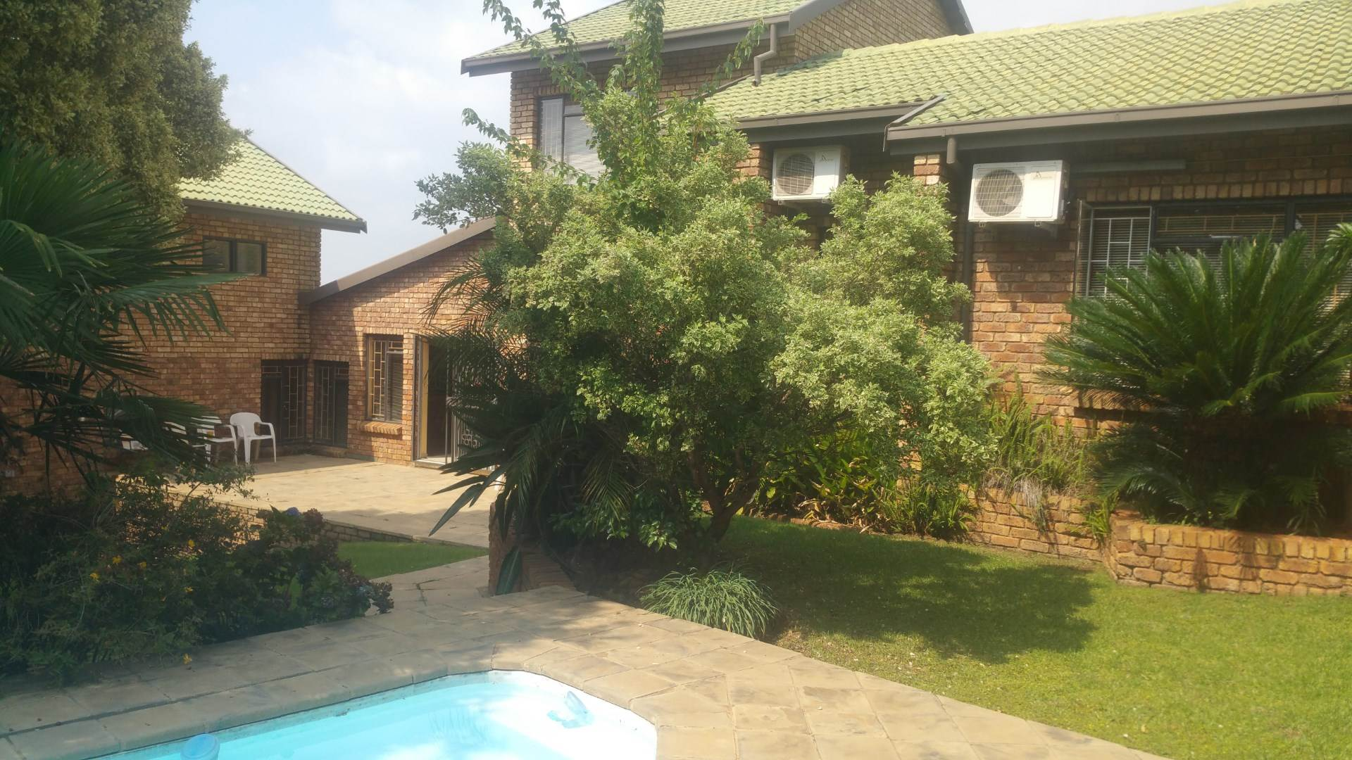 Property and Houses for sale in Erasmuskloof, House, 5 Bedrooms - ZAR 2,750,000