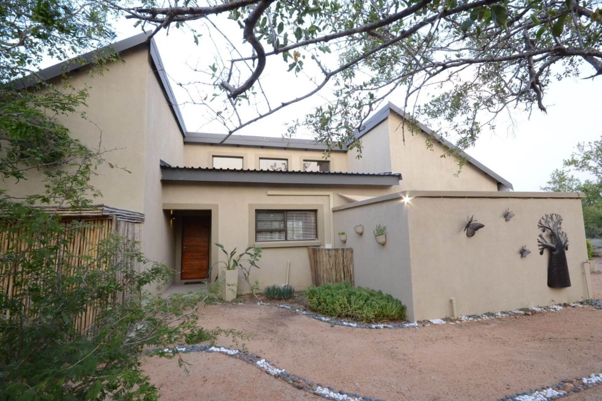 7 BedroomHouse For Sale In Hoedspruit Wildlife Estate