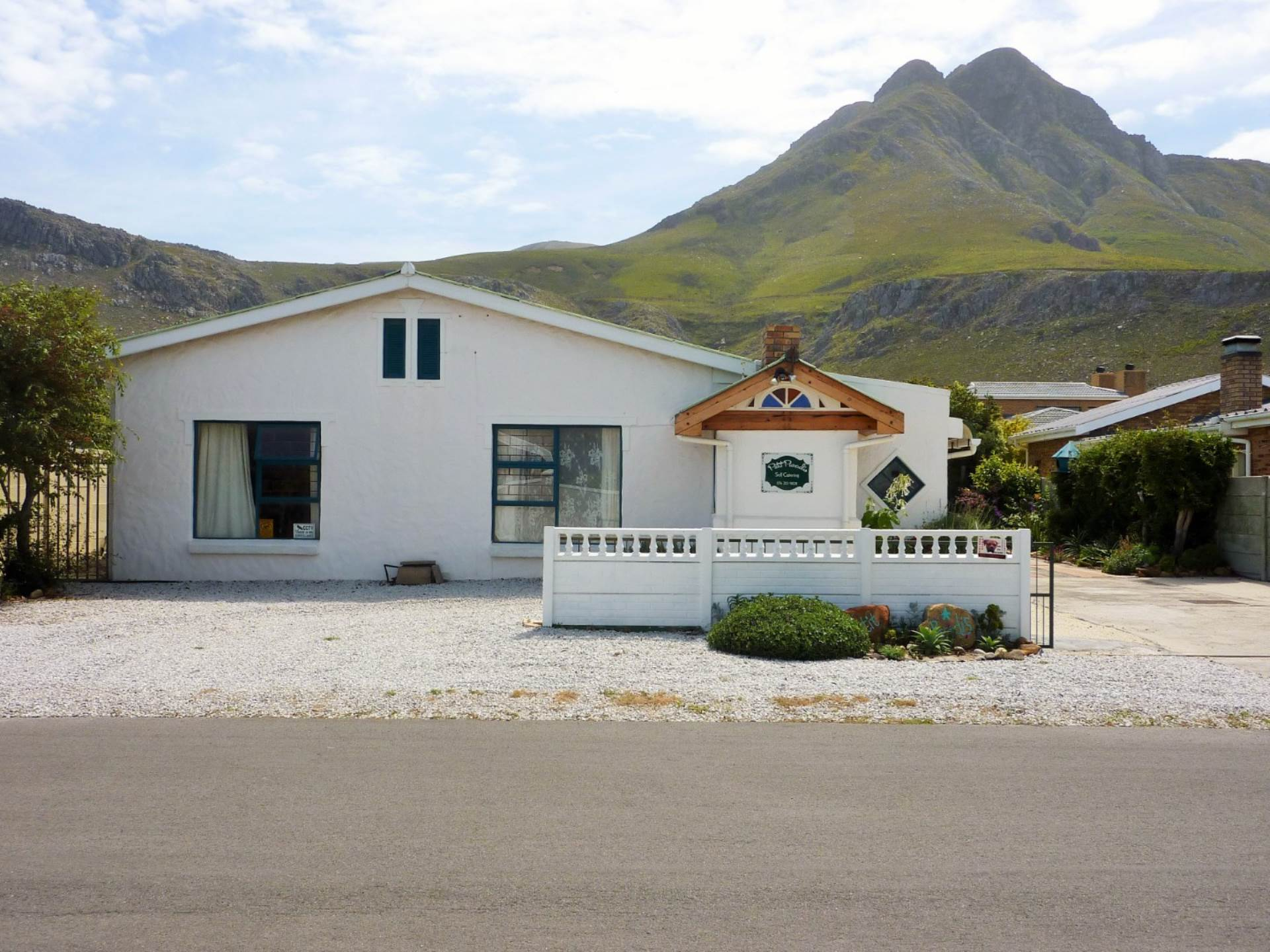 4 BedroomHouse For Sale In Palmiet