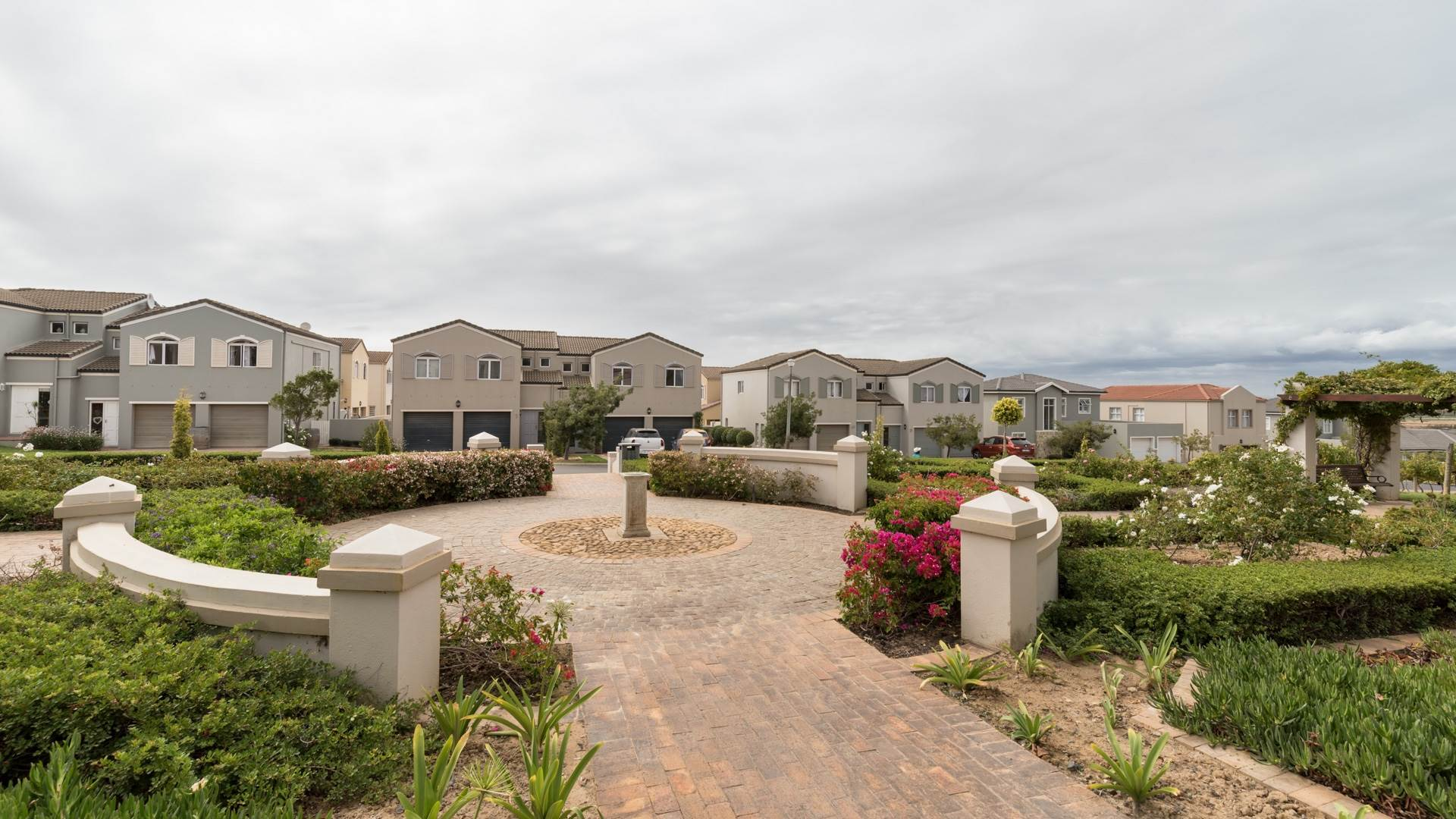 3 BedroomHouse For Sale In Avalon Estate
