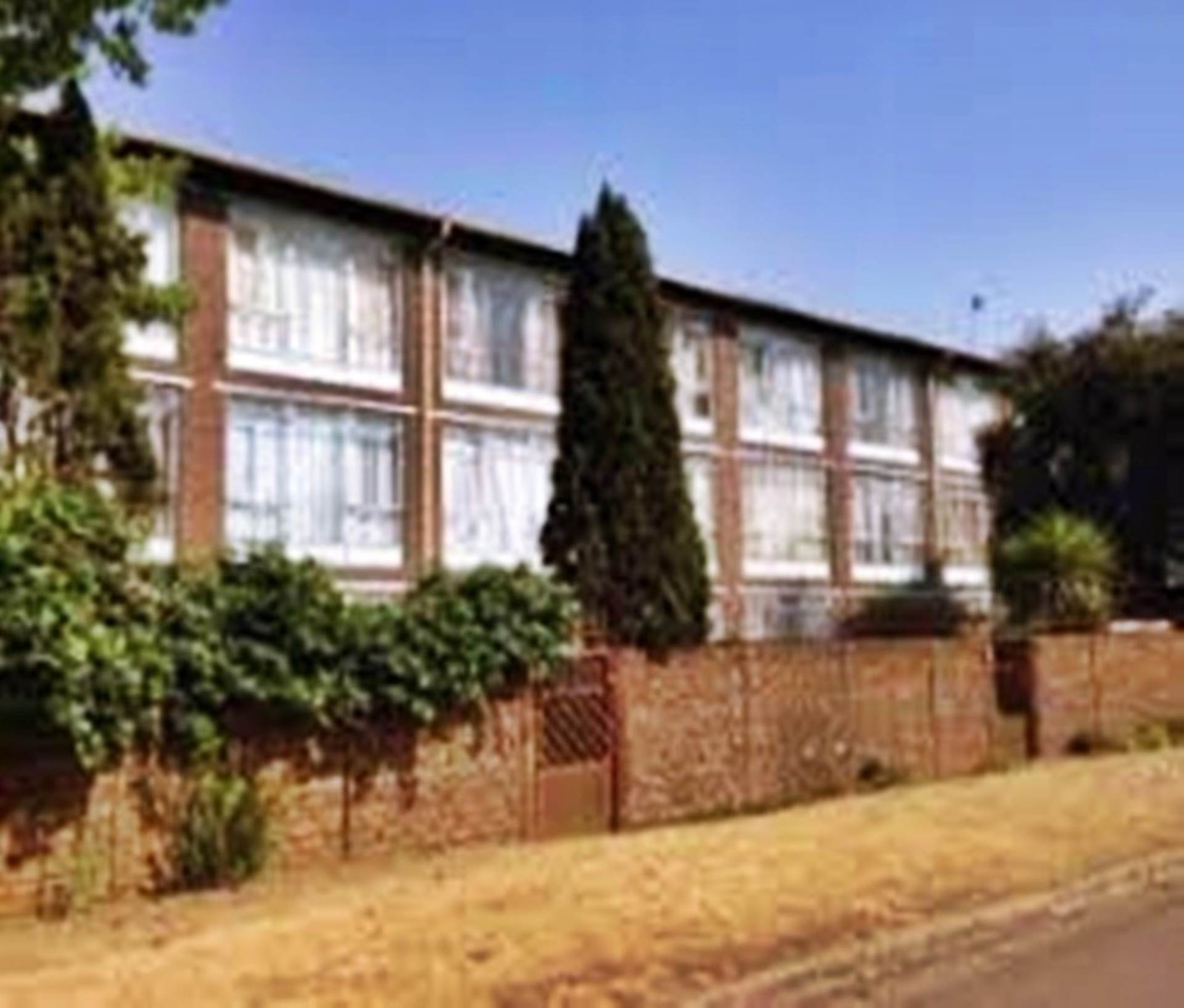 2 BedroomTownhouse To Rent In Witfield