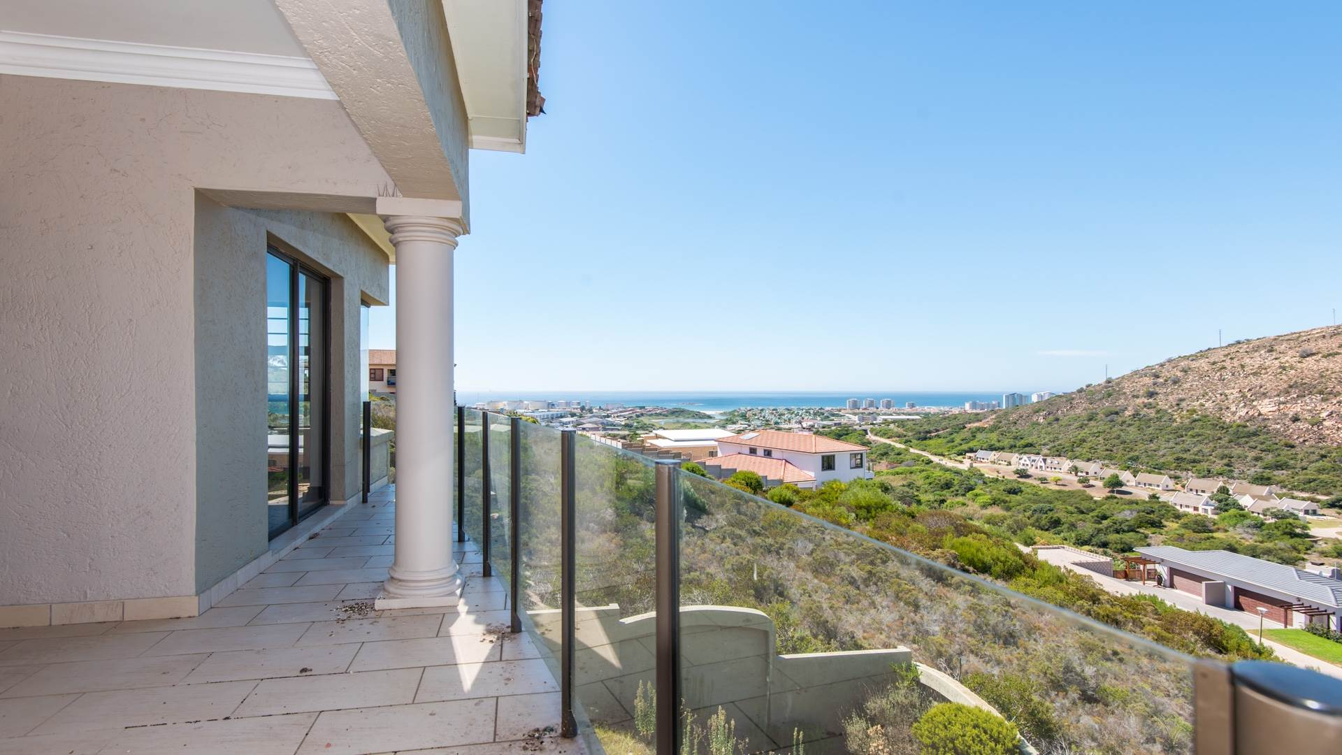 3 BedroomHouse For Sale In Island View