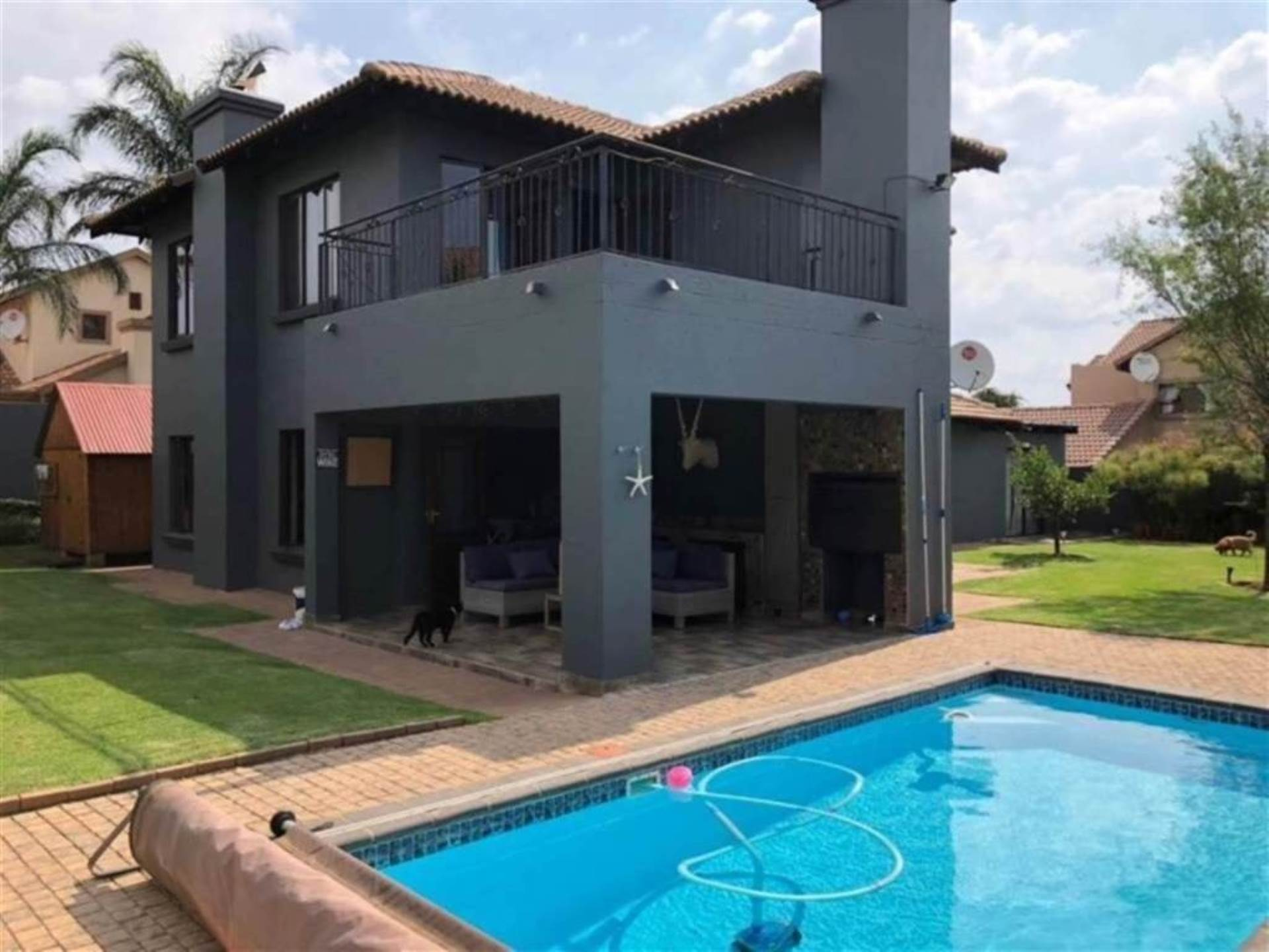 Property and Houses for sale in Rooihuiskraal, House, 3 Bedrooms - ZAR 3,109,000