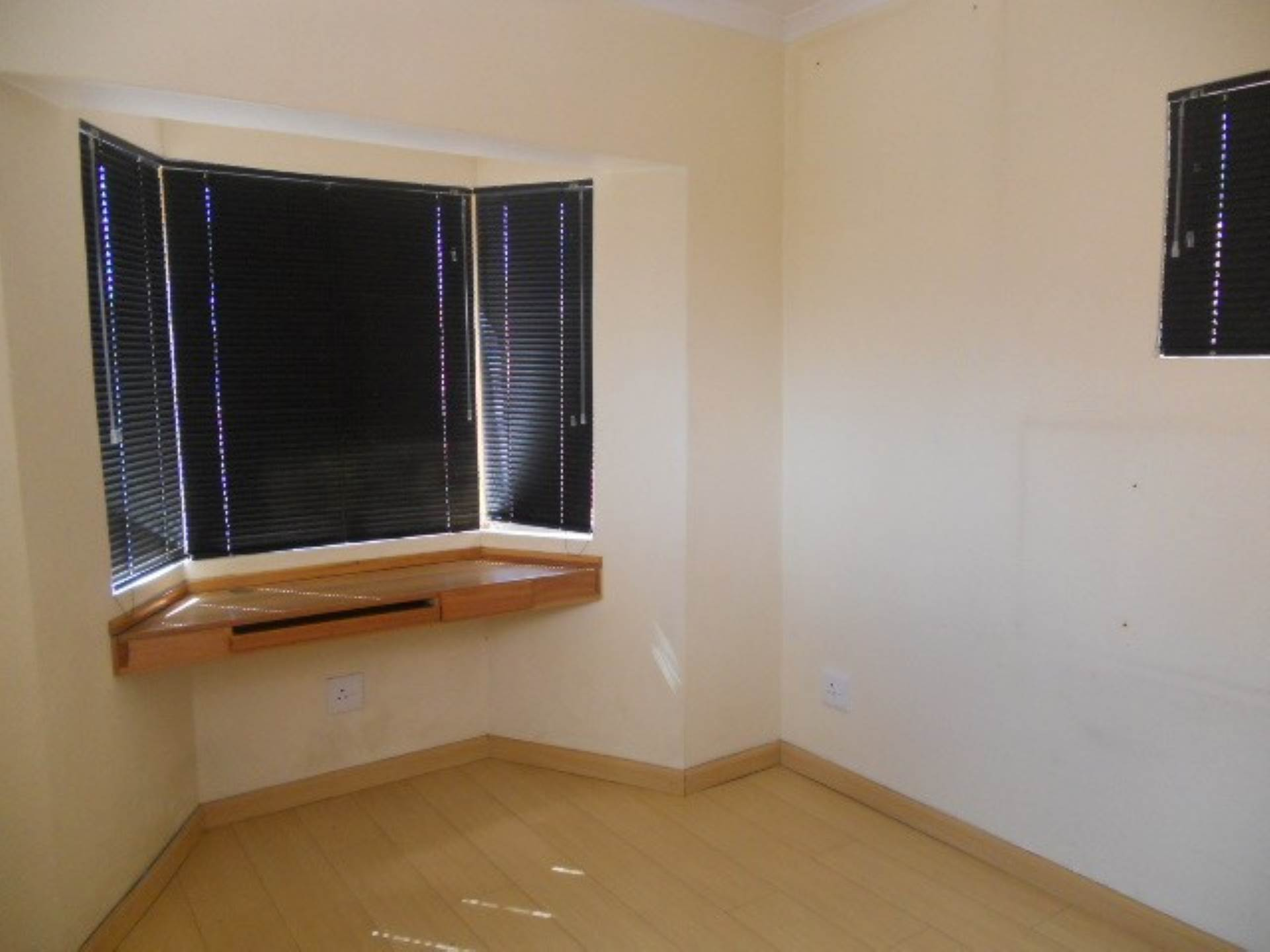 2 BedroomTownhouse To Rent In Bedfordview