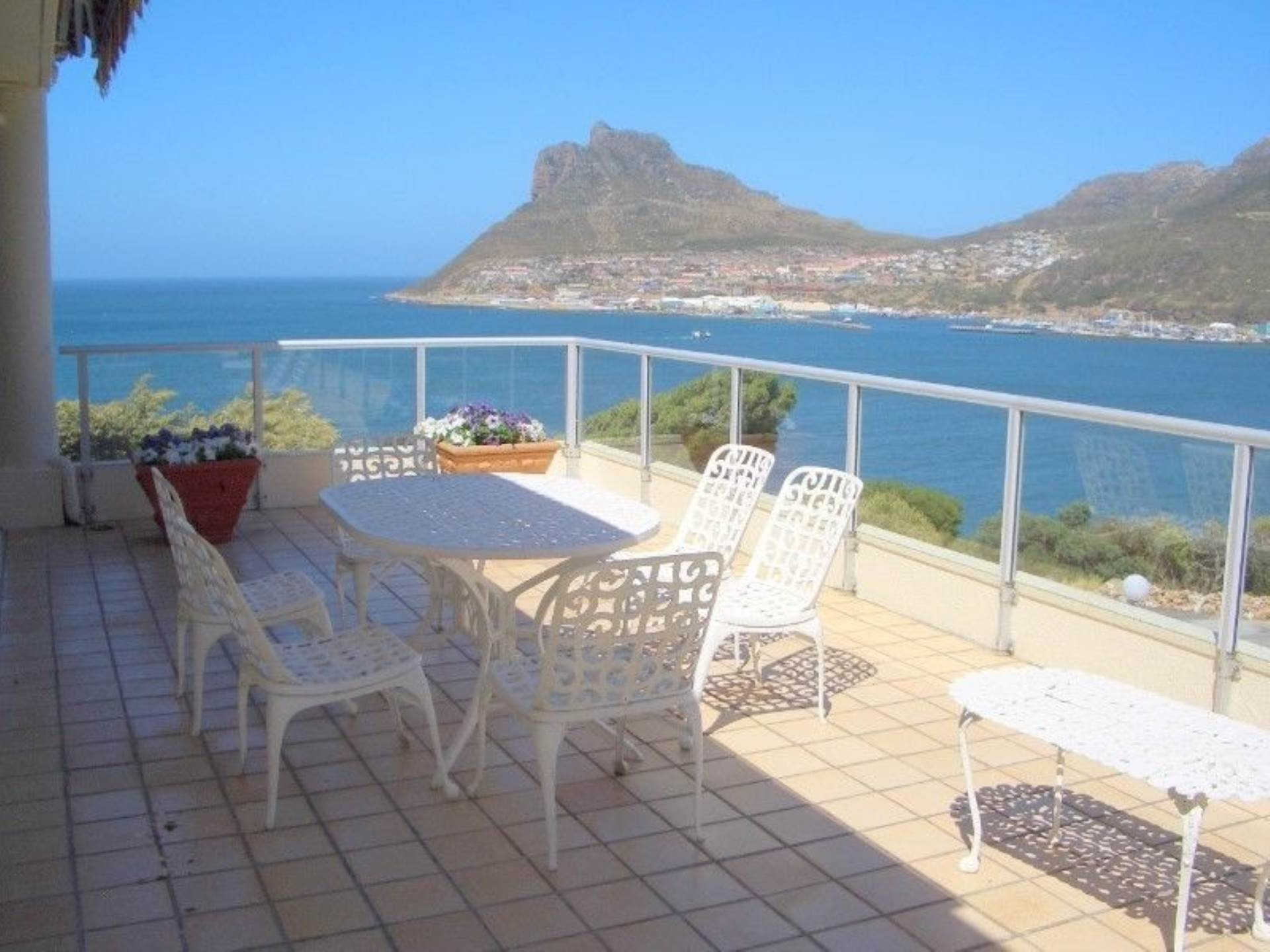 Property and Houses to rent in Hout Bay (All), House, 3 Bedrooms - ZAR , 35,00*,M