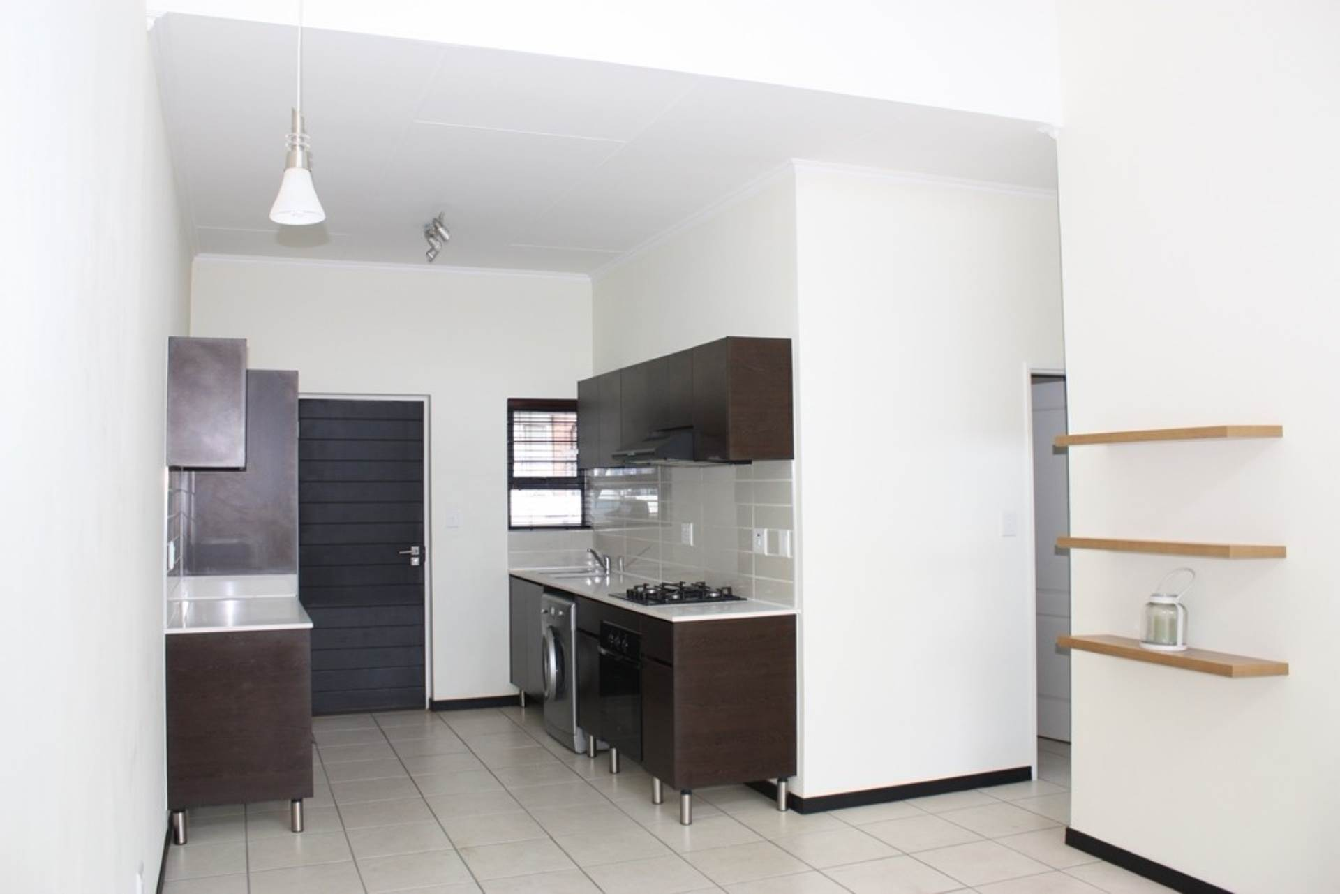 2 BedroomApartment To Rent In Greenstone Gate