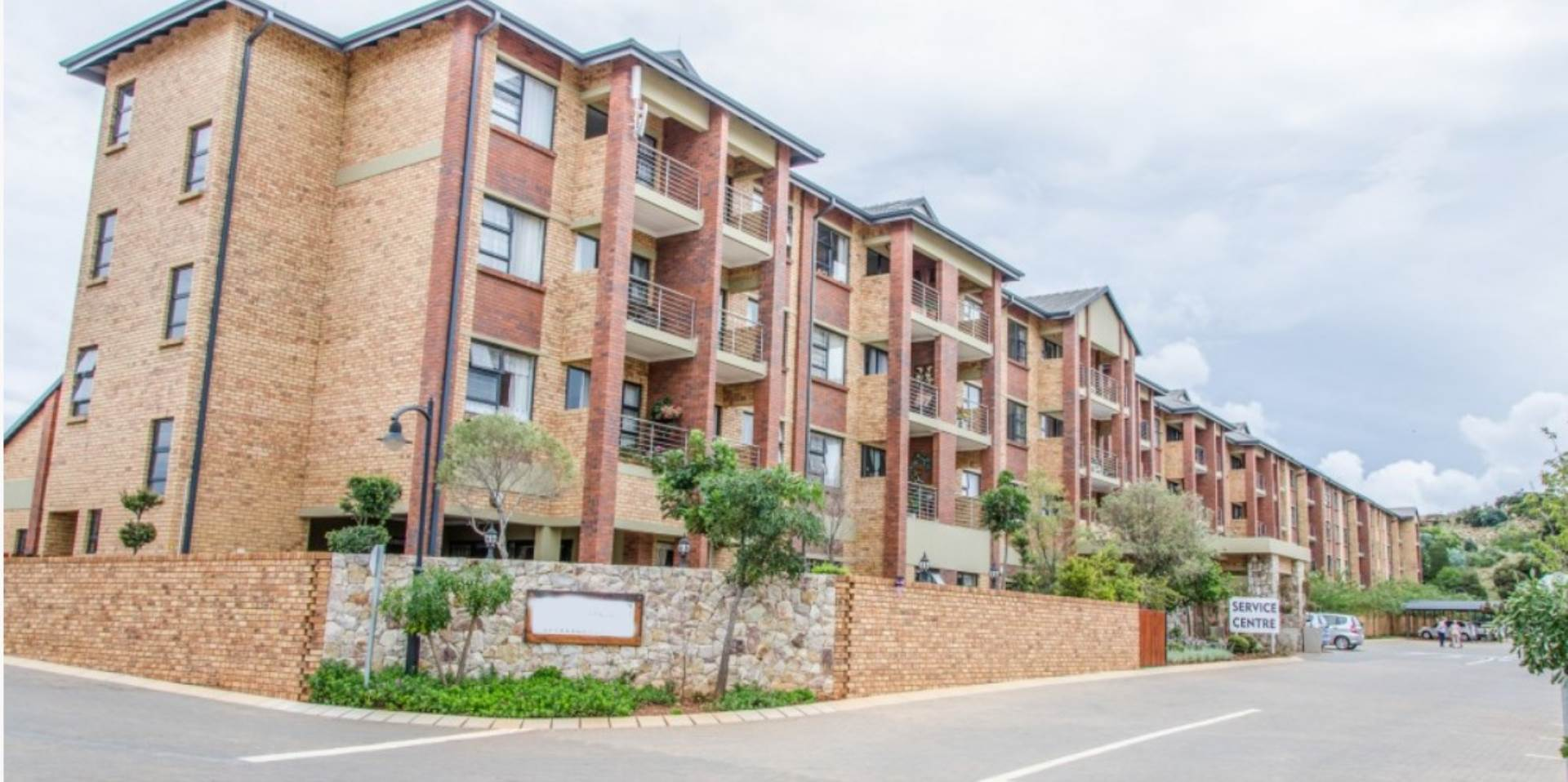 1 Bedroom Retirement Village in Olympus, Pretoria For Sale for R 945,000  #1097150