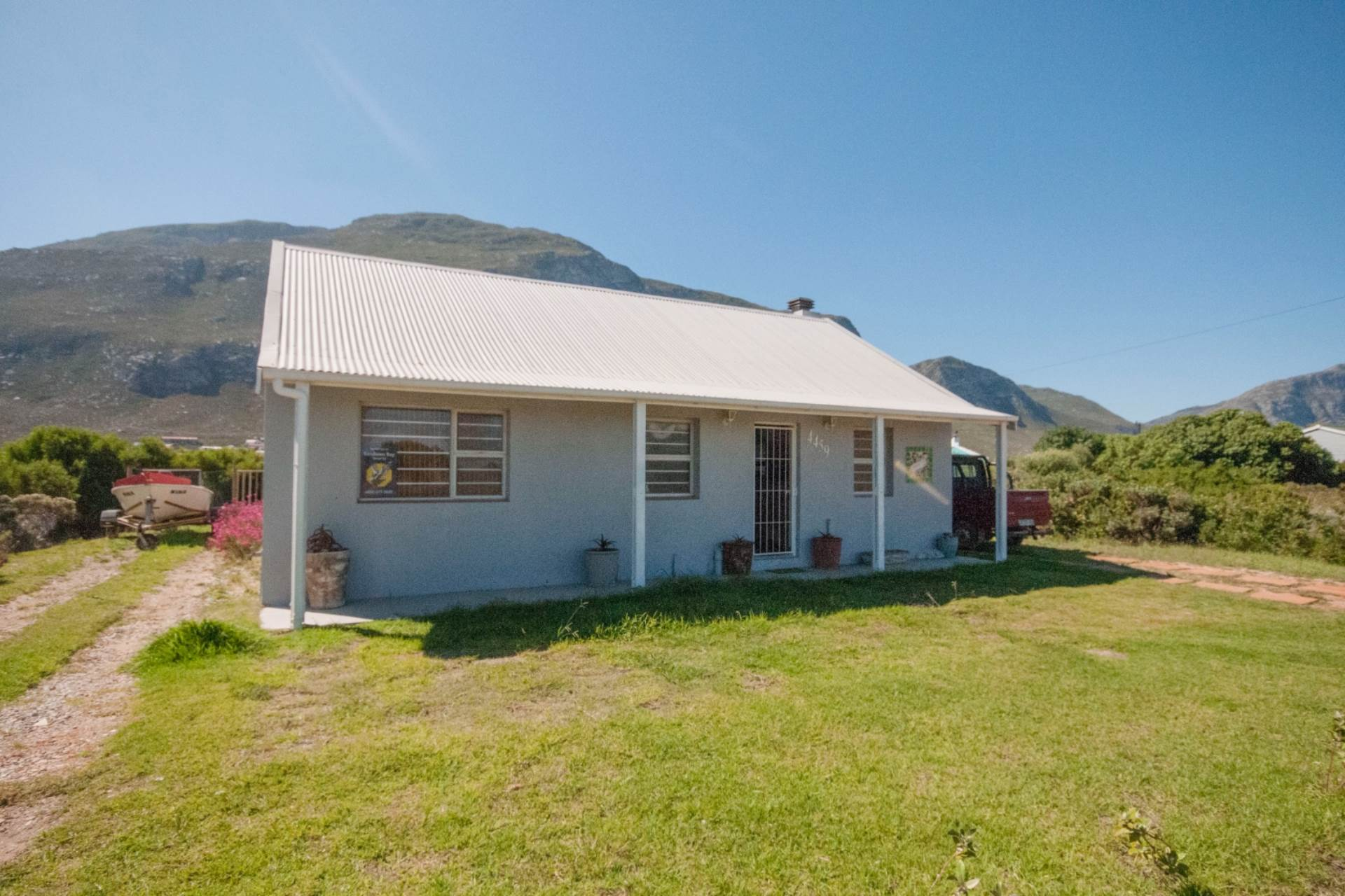 3 BedroomHouse For Sale In Bettys Bay