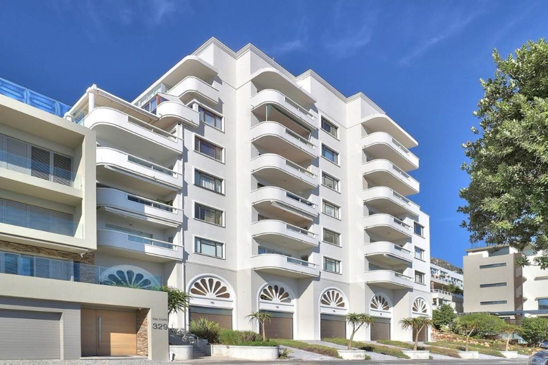 Property and Houses for sale in Bantry Bay, Apartment, 3 Bedrooms - ZAR 14,950,000