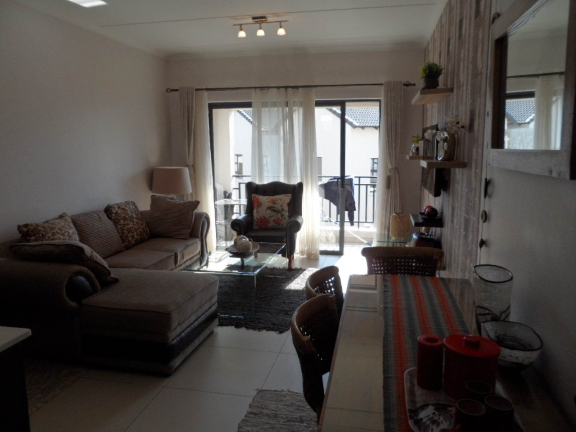 1 BedroomApartment To Rent In Dainfern