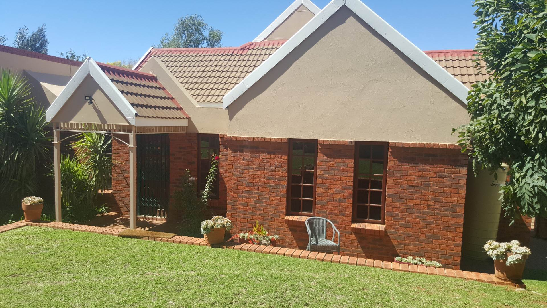 3 BedroomHouse For Sale In Baysvalley