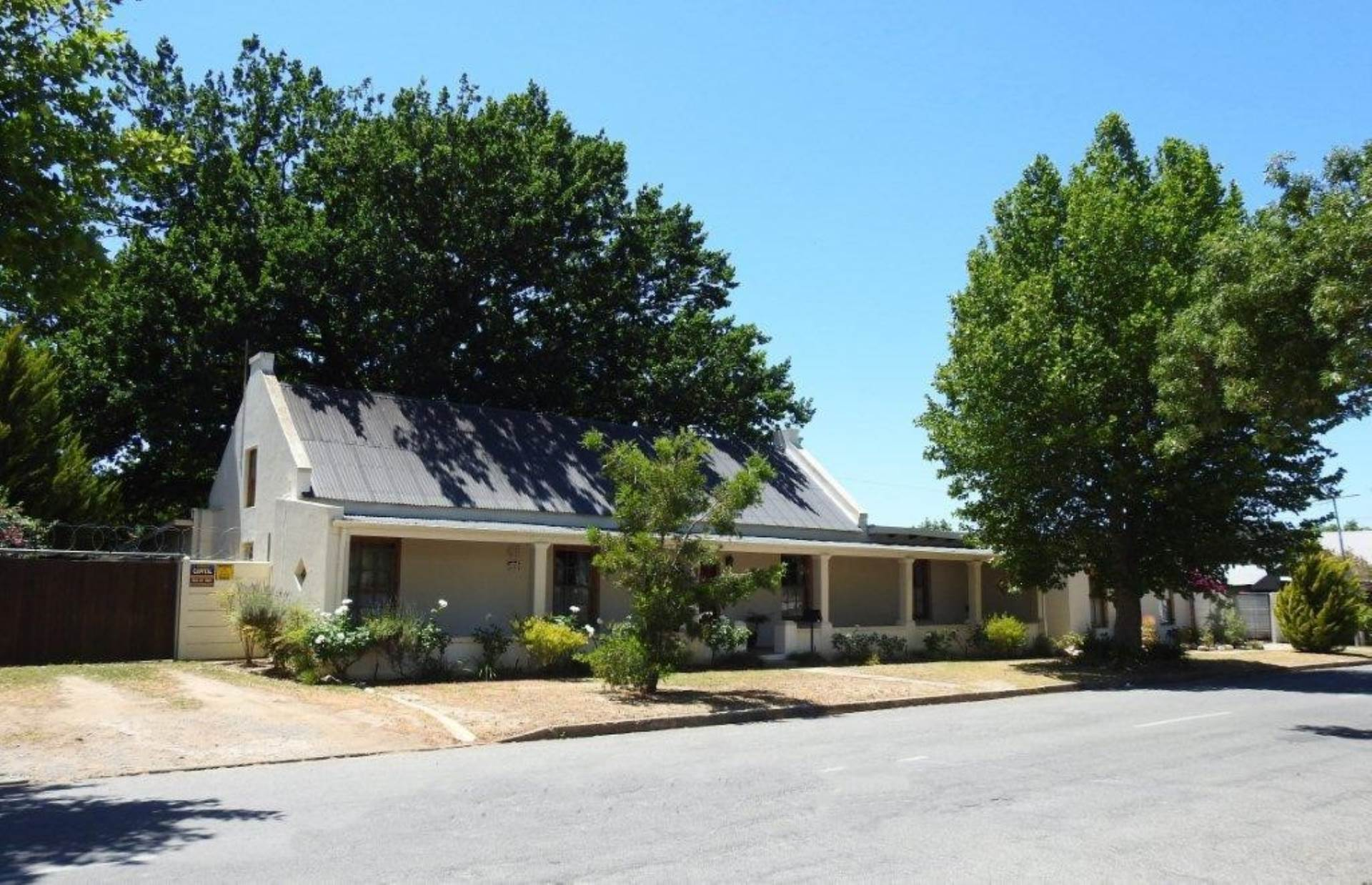 5 BedroomHouse For Sale In Robertson