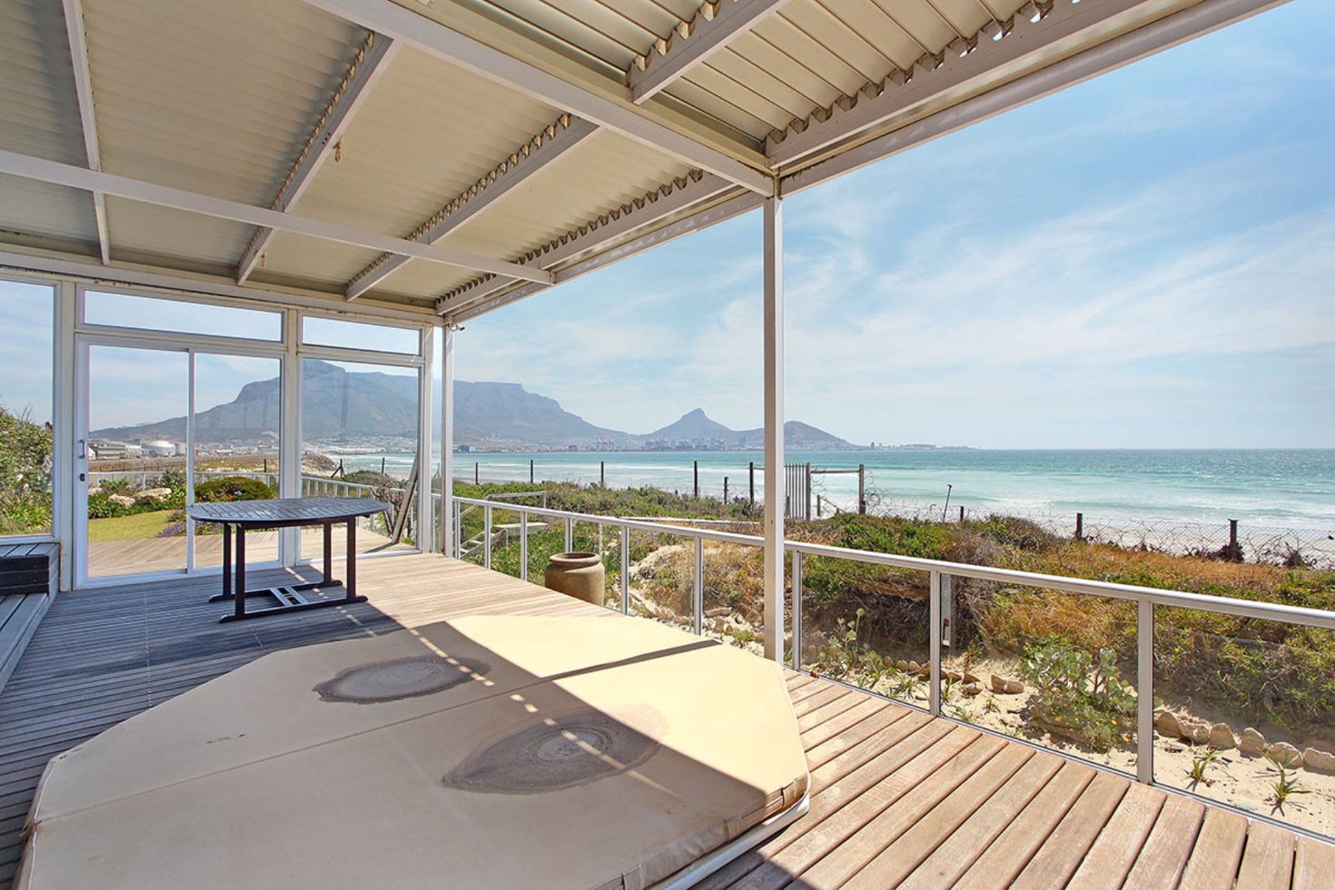 Cape Town, Lagoon Beach Property  | Houses For Sale Lagoon Beach, LAGOON BEACH, Townhouse 5 bedrooms property for sale Price:7,650,000
