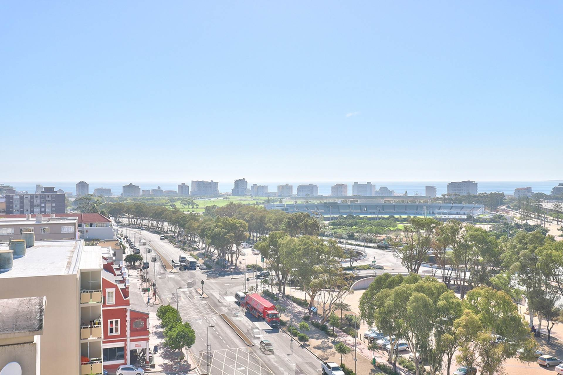 Green Point property for sale. Ref No: 13604397. Picture no 26