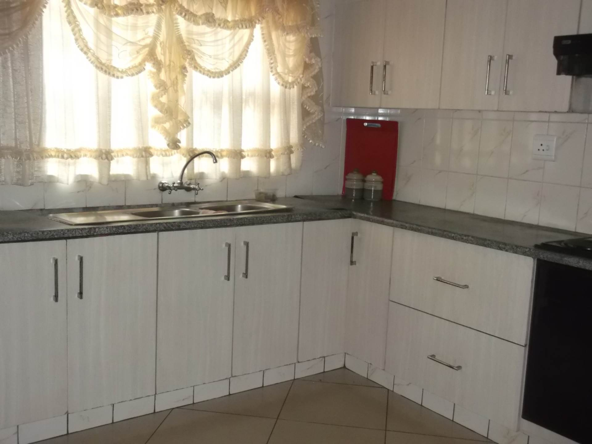 3 BedroomHouse For Sale In Esikhawini