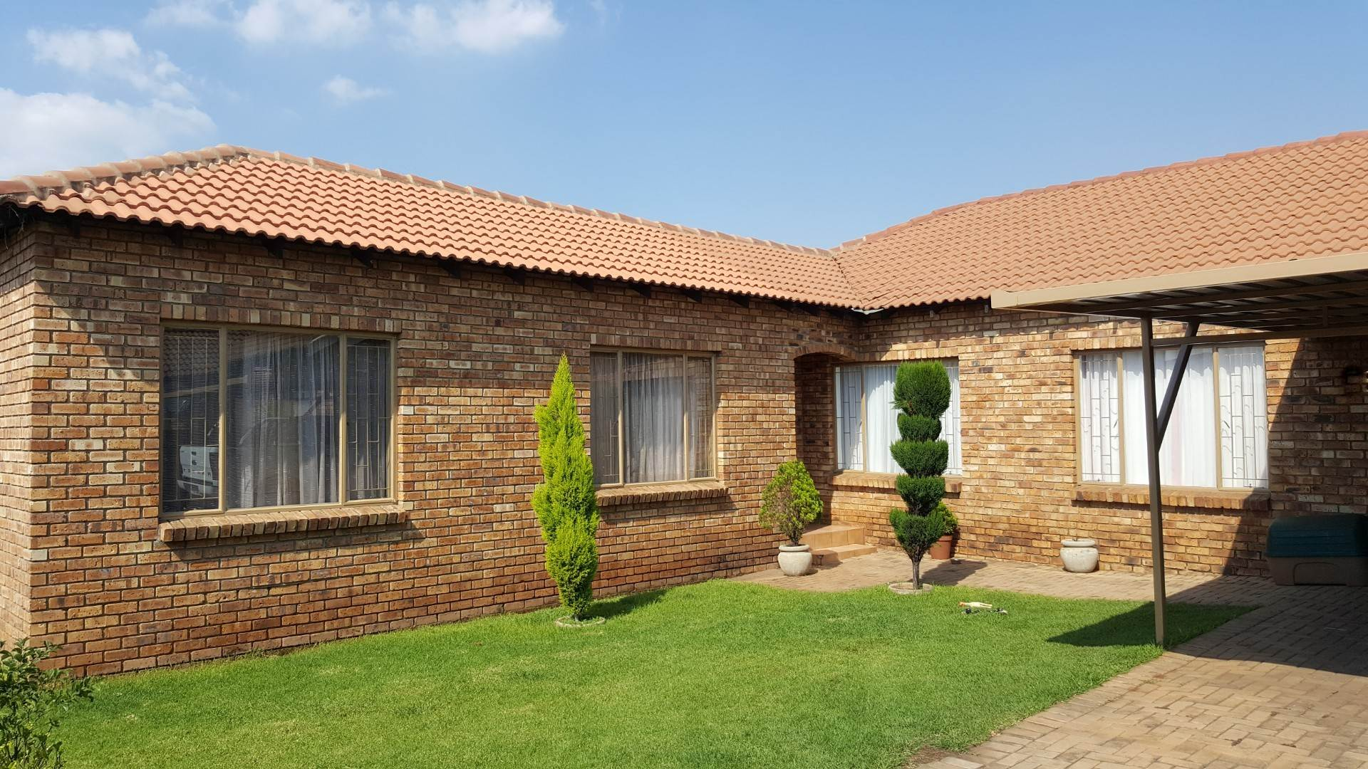 4 BedroomHouse For Sale In Middelburg Ext 18
