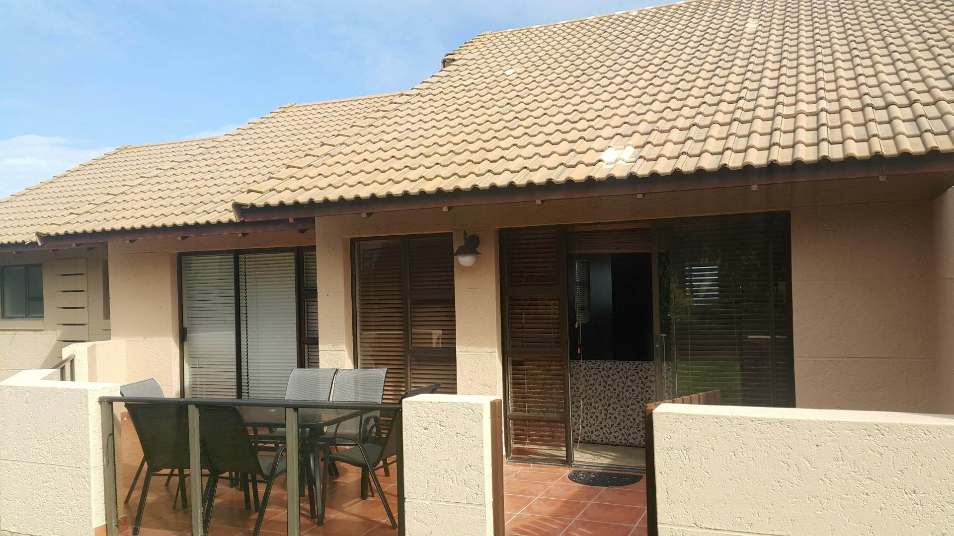 3 BedroomTownhouse To Rent In Mossel Bay Golf Estate