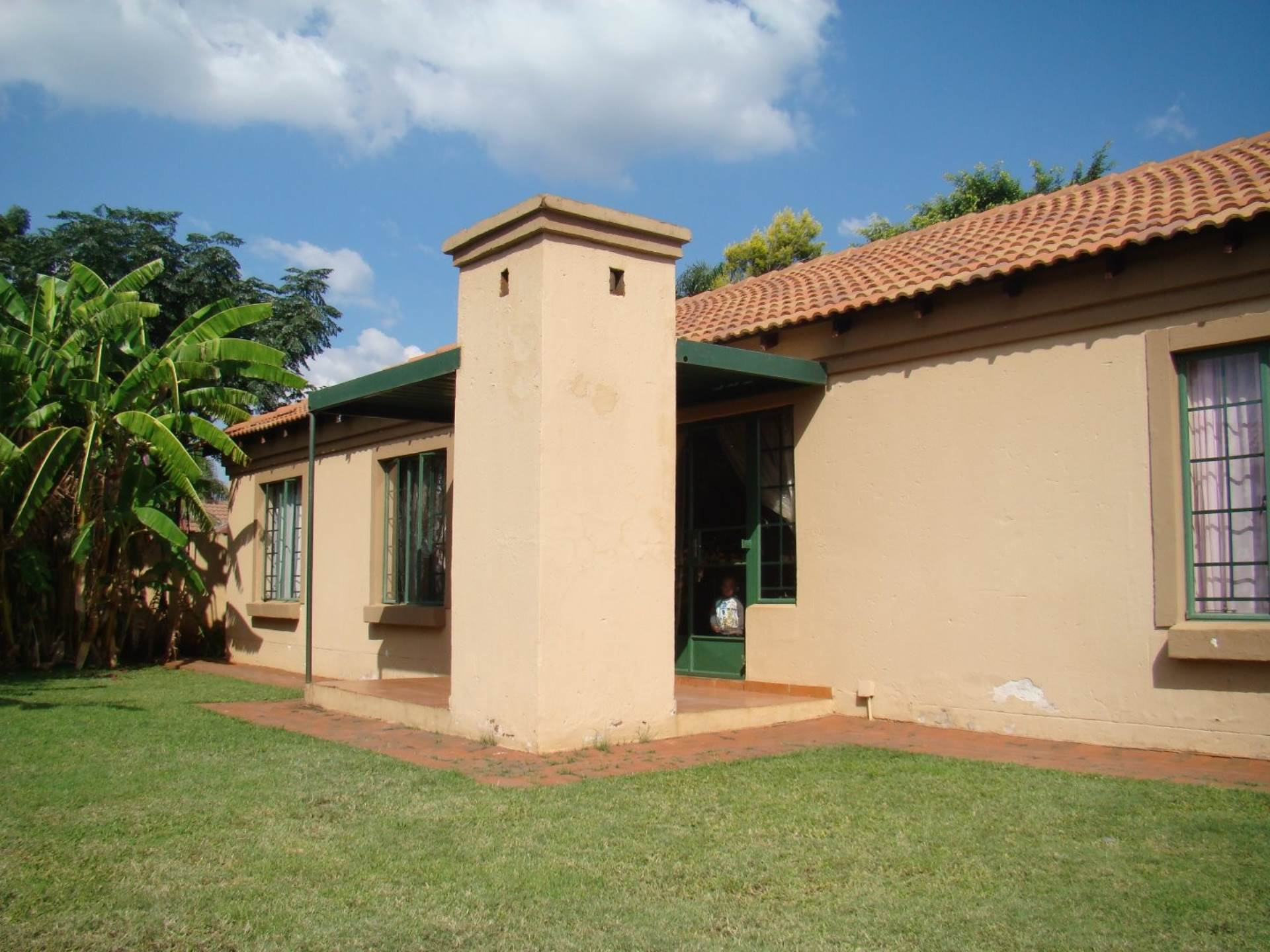 Property and Houses for sale in Hesteapark, House, 3 Bedrooms - ZAR 900,000