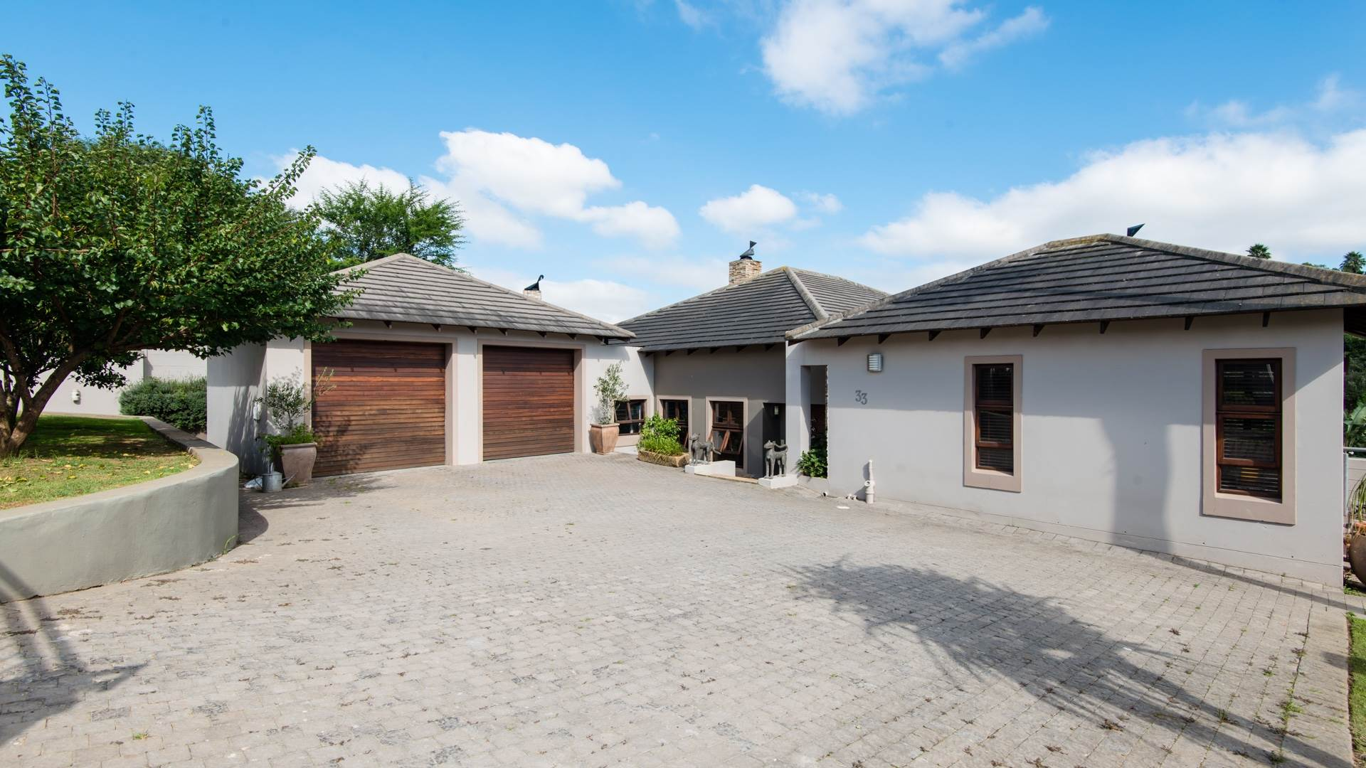 5 BedroomHouse For Sale In Bergsig