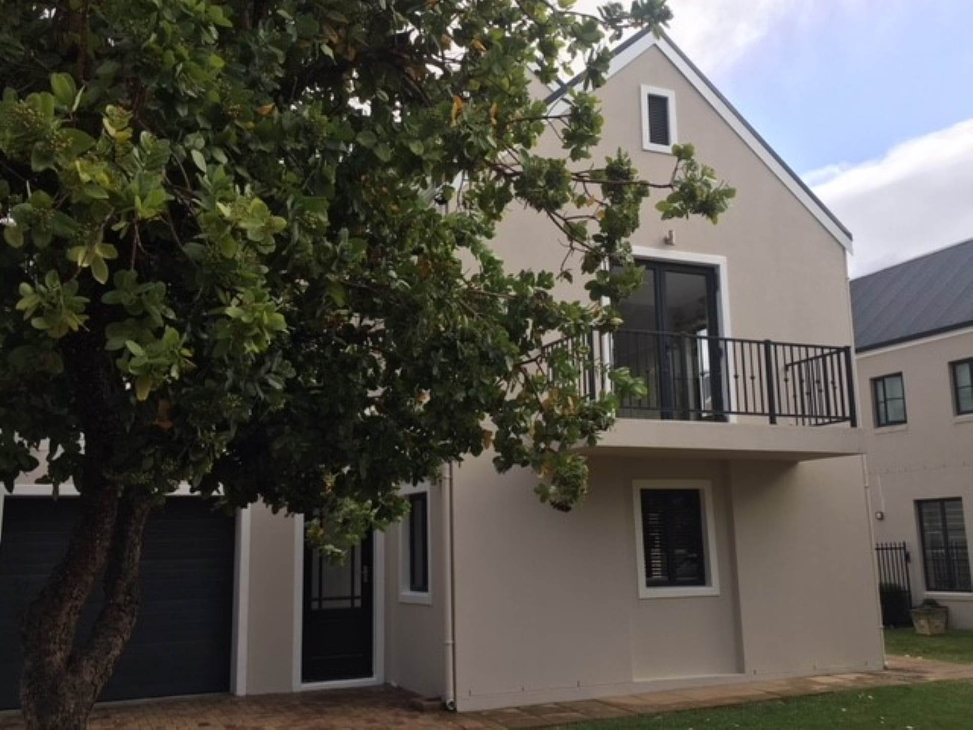 3 BedroomHouse To Rent In Kylemore