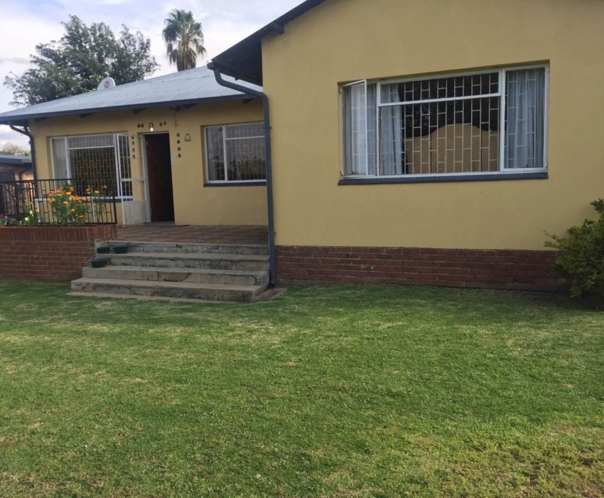 3 BedroomHouse For Sale In Blancheville