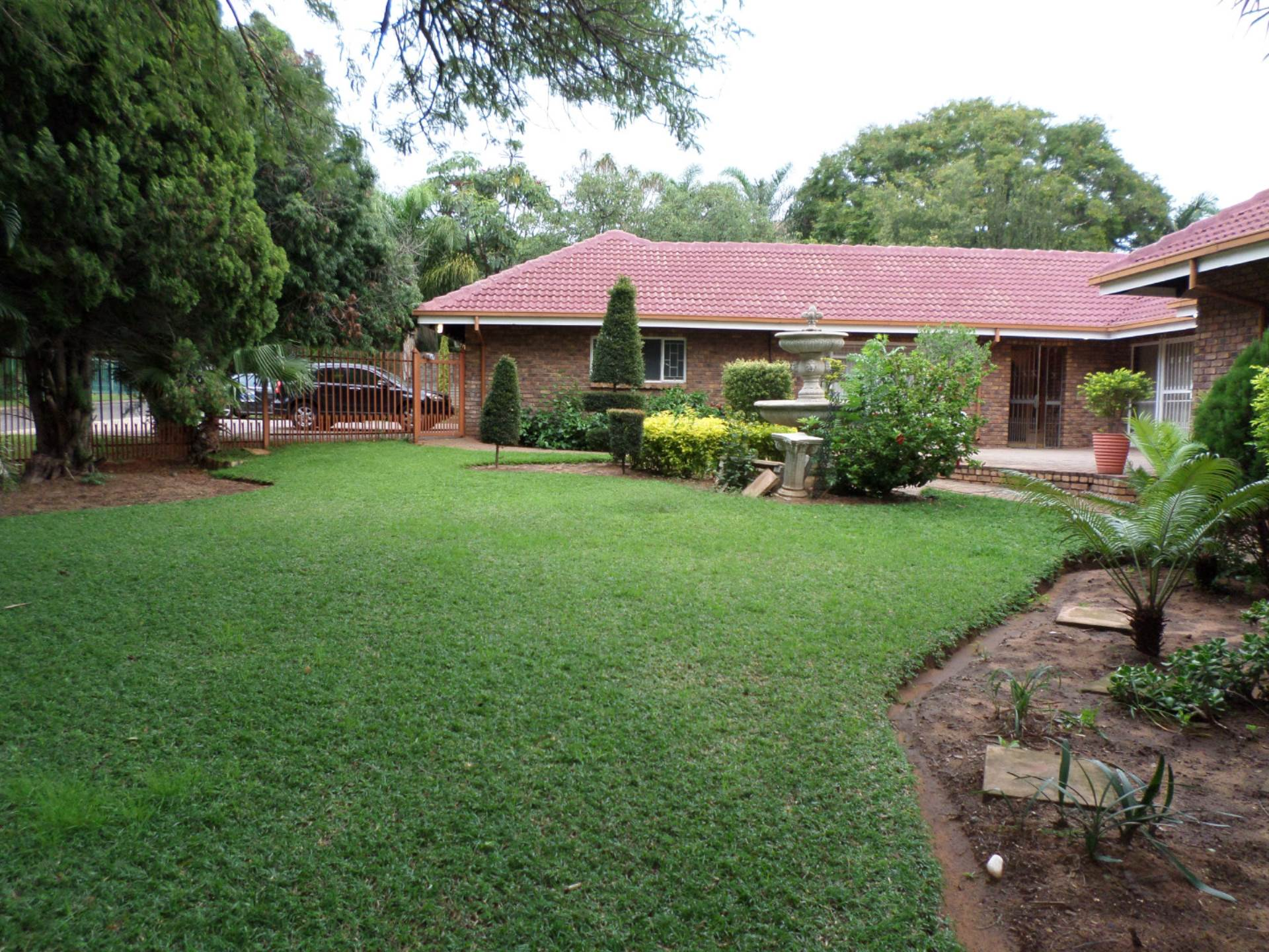 4 BedroomHouse For Sale In Ninapark
