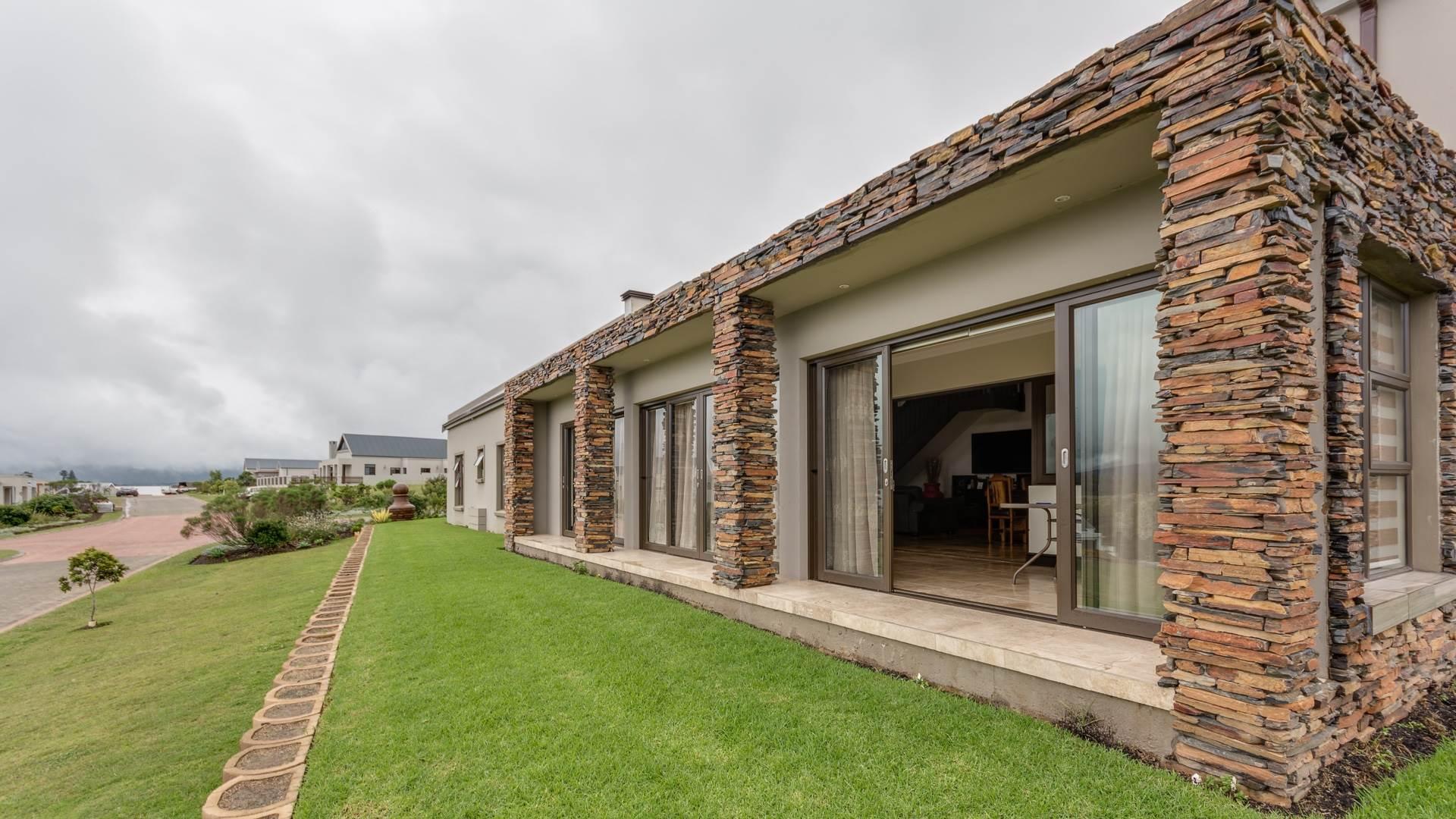 4 BedroomHouse For Sale In Welgelegen Estate