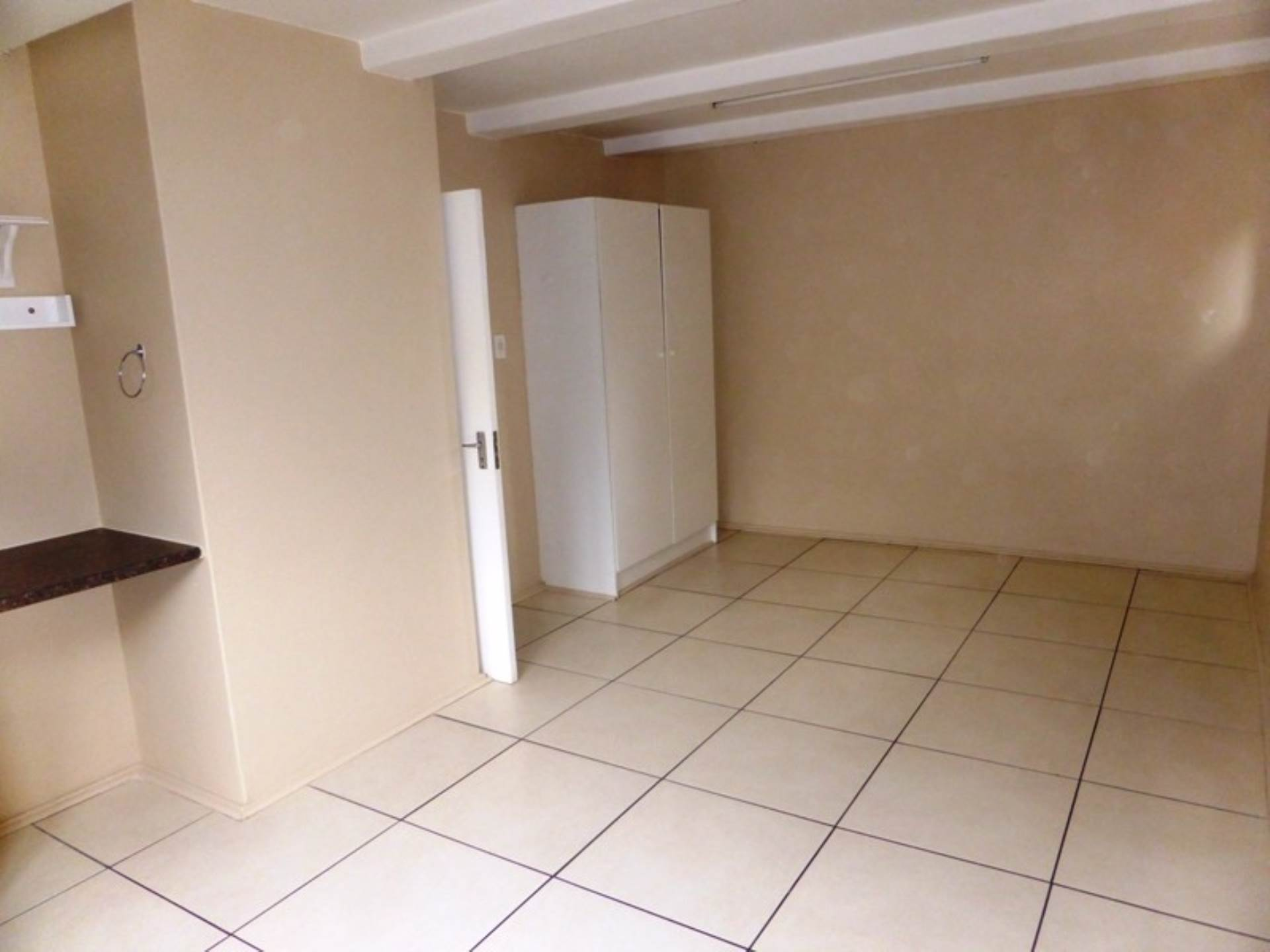 Hatfield property for sale. Ref No: 13536637. Picture no 10