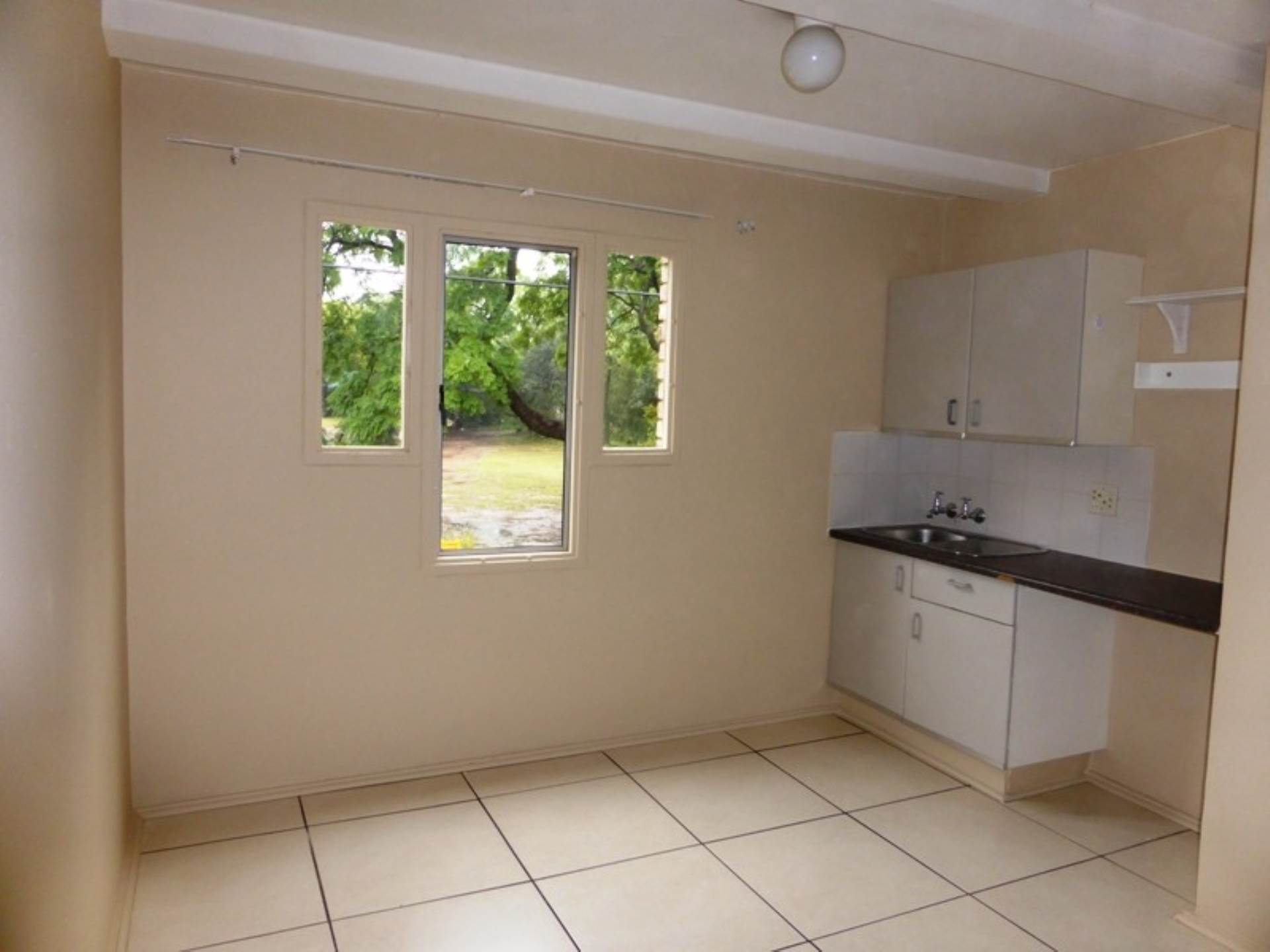 Hatfield property for sale. Ref No: 13536637. Picture no 9