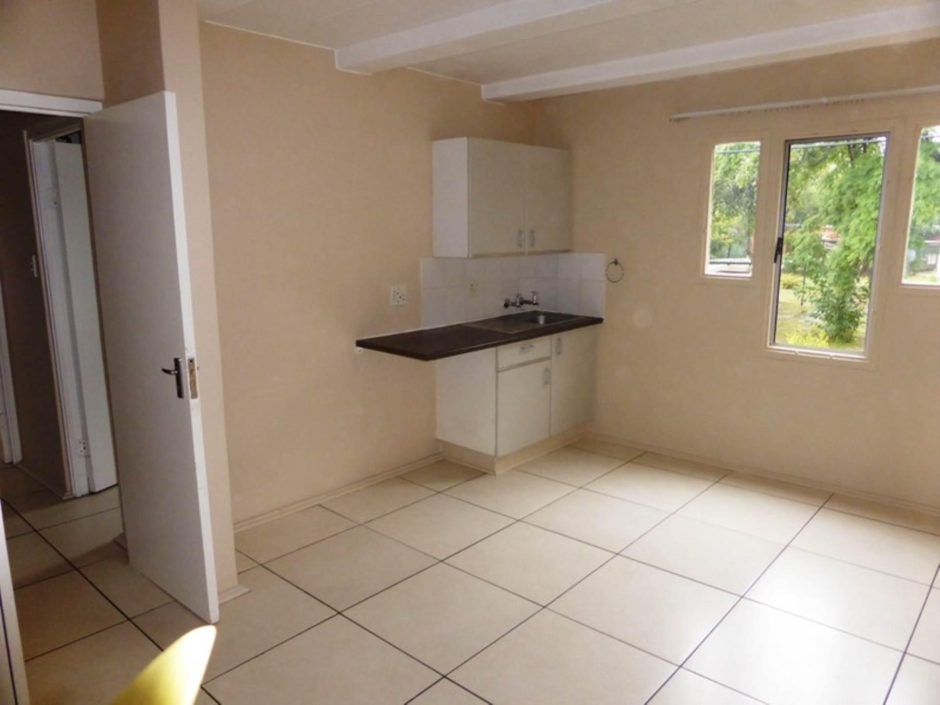 Hatfield property for sale. Ref No: 13536637. Picture no 14