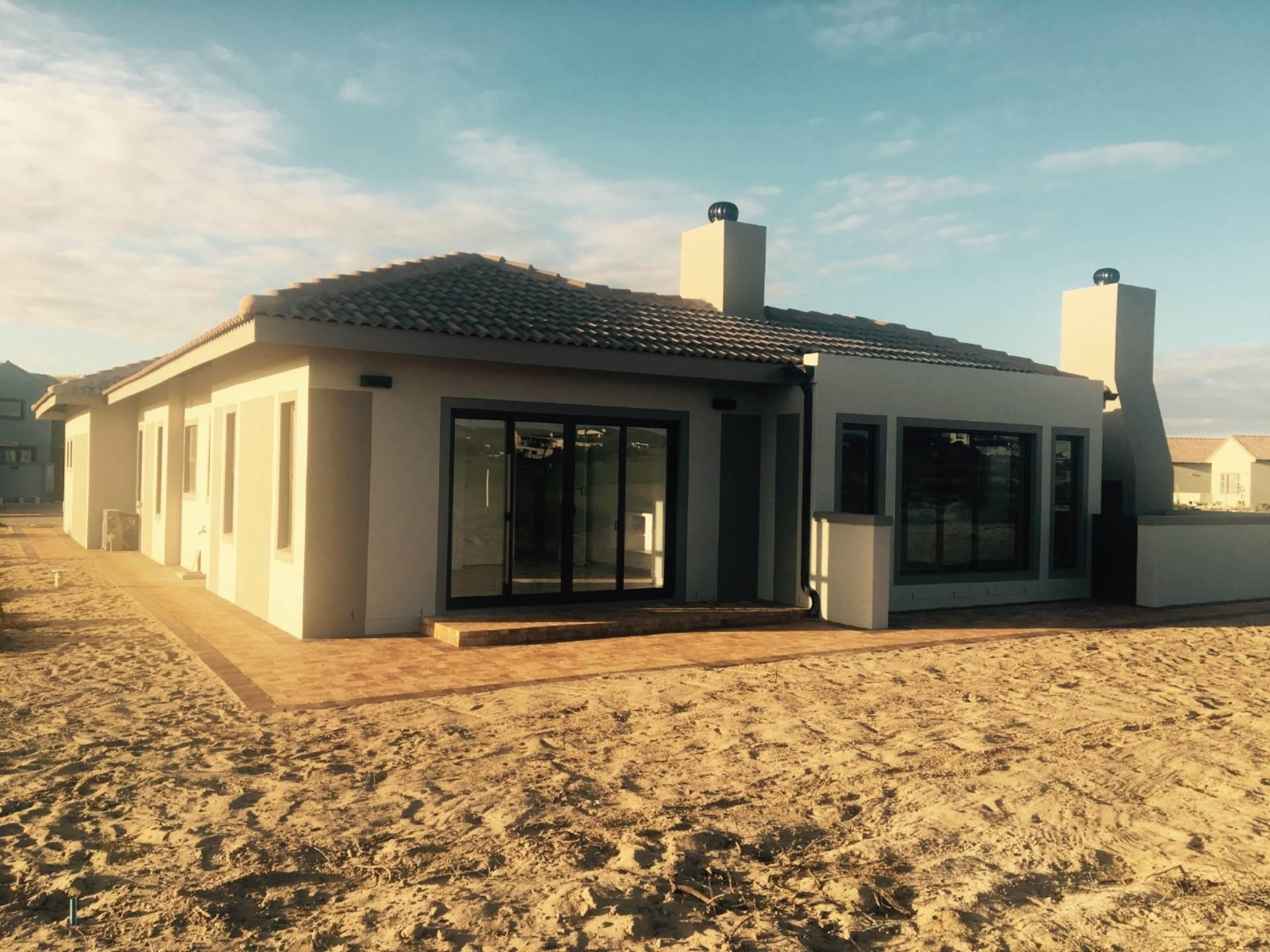 3 BedroomHouse For Sale In Langebaan Country Estate