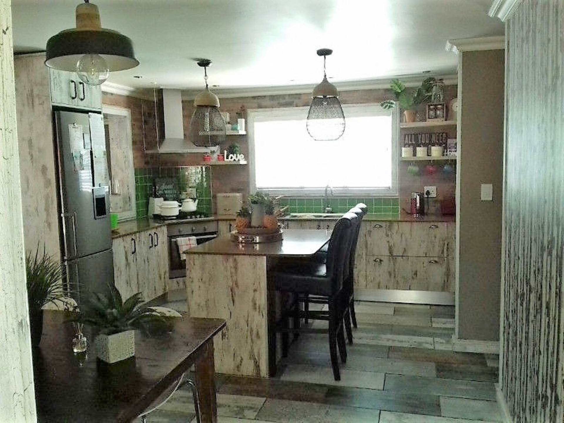 4 BedroomHouse For Sale In Tuscany Glen