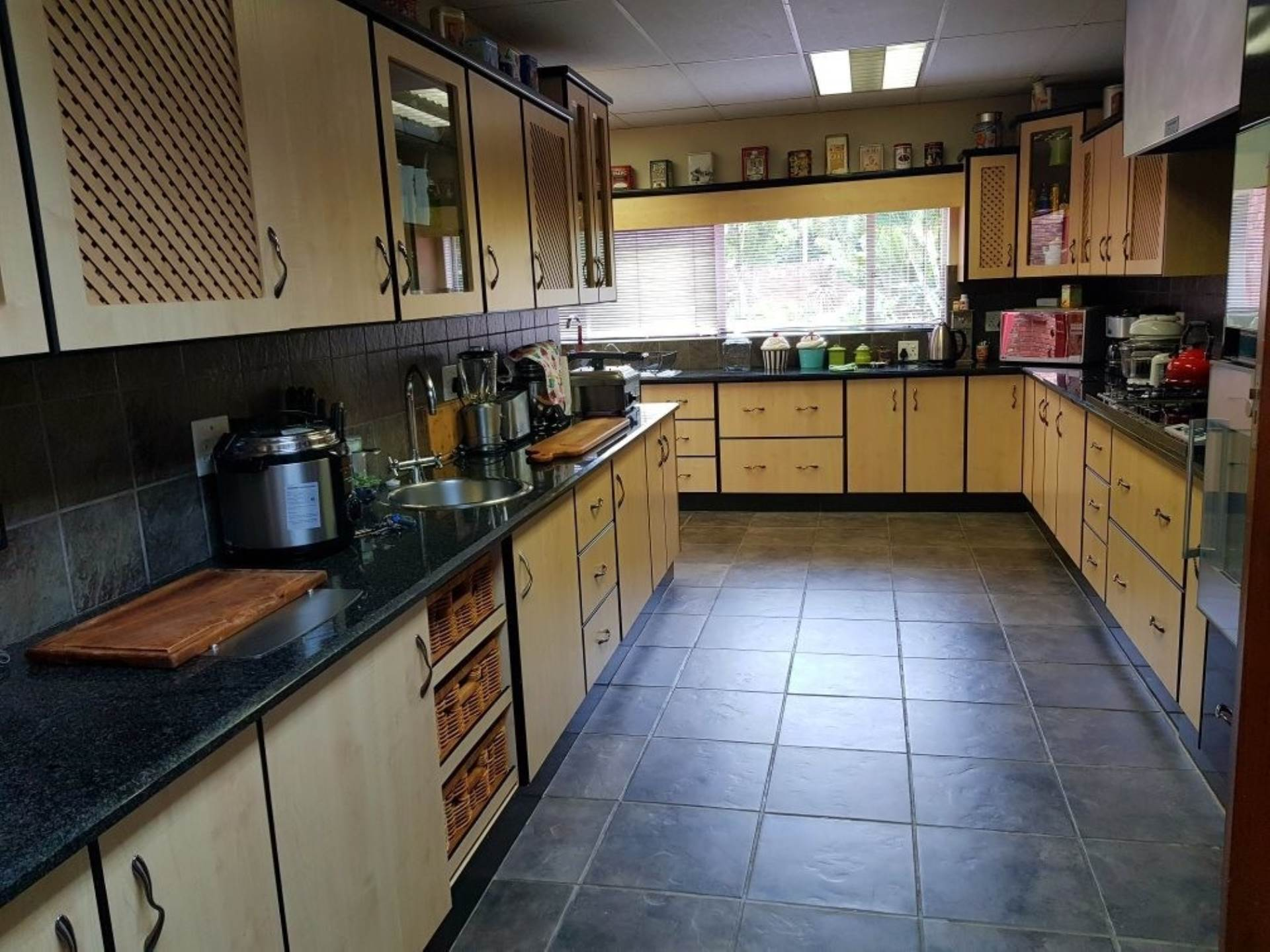 Property and Houses for sale in Florauna, House, 4 Bedrooms - ZAR 2,700,000