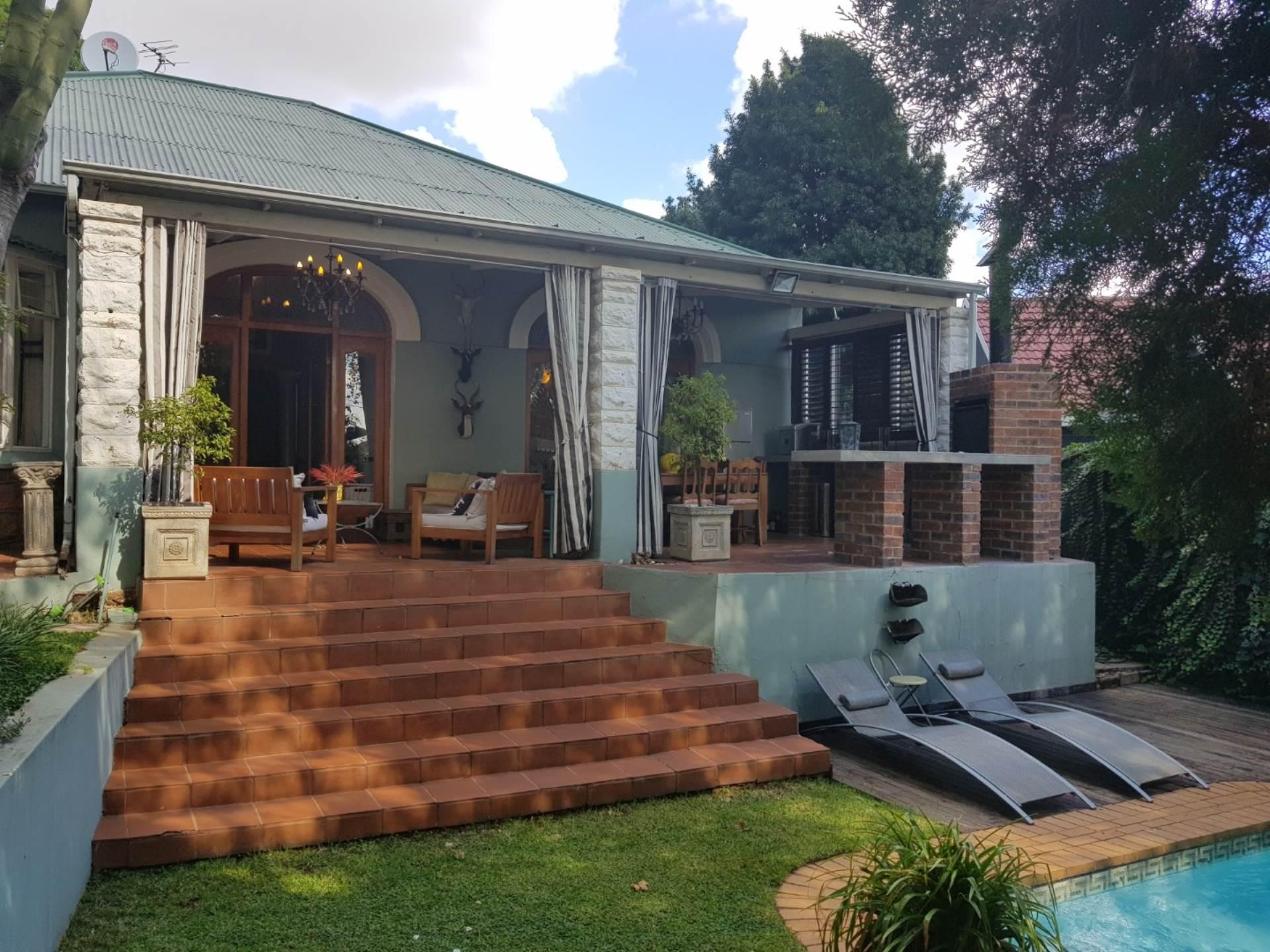 3 BedroomHouse To Rent In Kensington