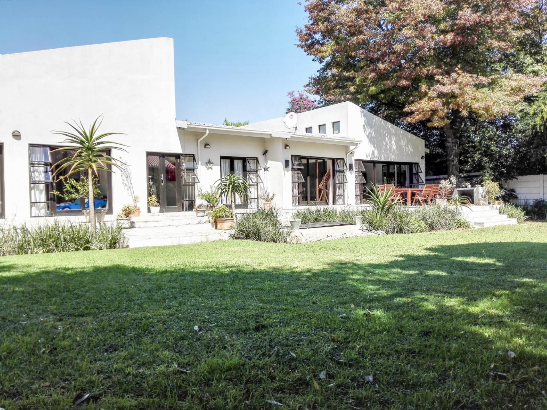 4 BedroomHouse To Rent In Highway Gardens