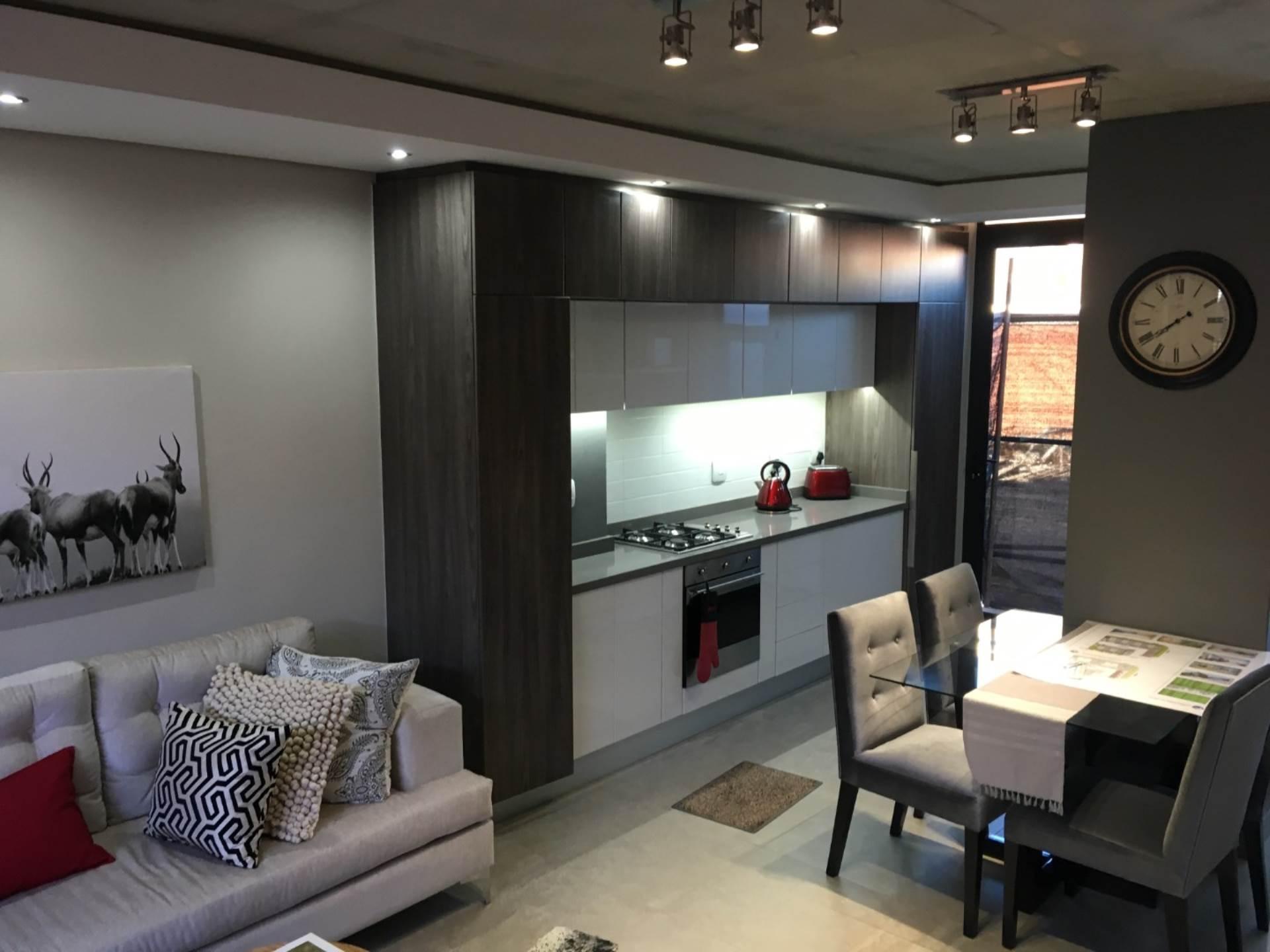, Apartment, 3 Bedrooms - ZAR 2,150,000