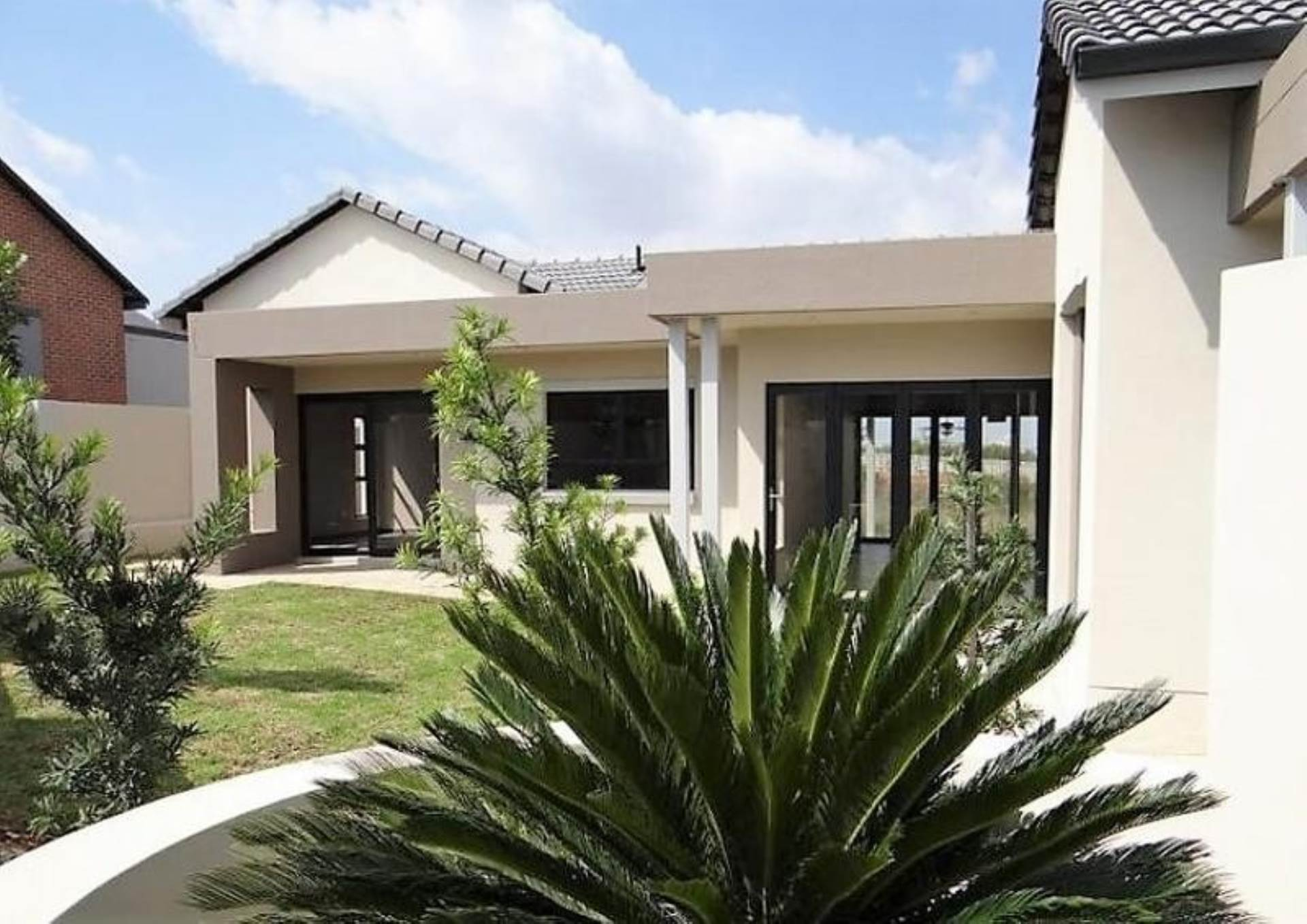 Property and Houses for sale in Midstream Ridge, House, 4 Bedrooms - ZAR 3,950,000