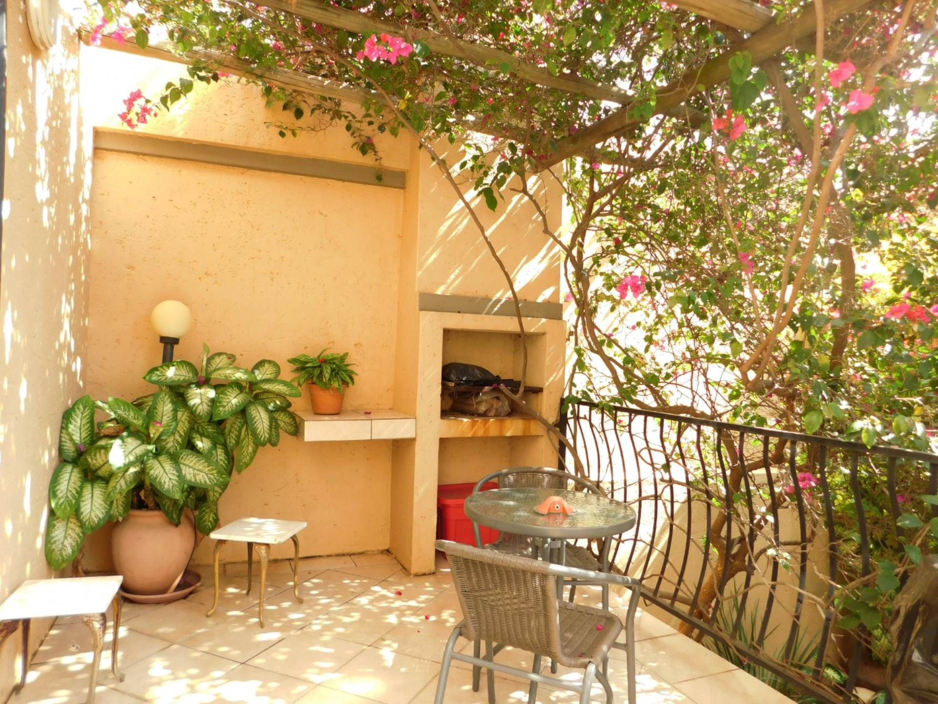 Property and Houses for sale in La Montagne, Townhouse, 3 Bedrooms - ZAR 1,150,000