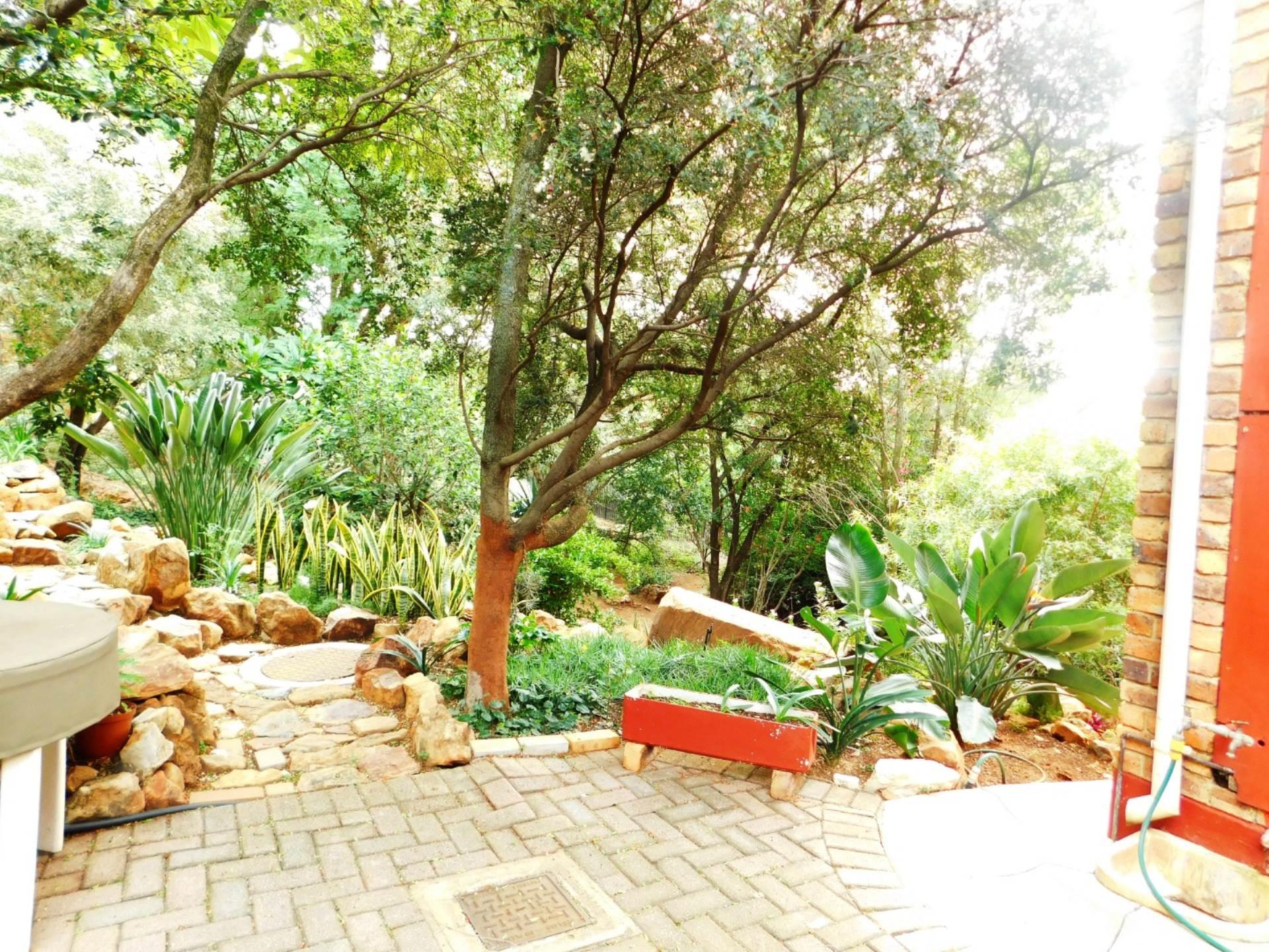 La Montagne property for sale. Ref No: 13613972. Picture no 1