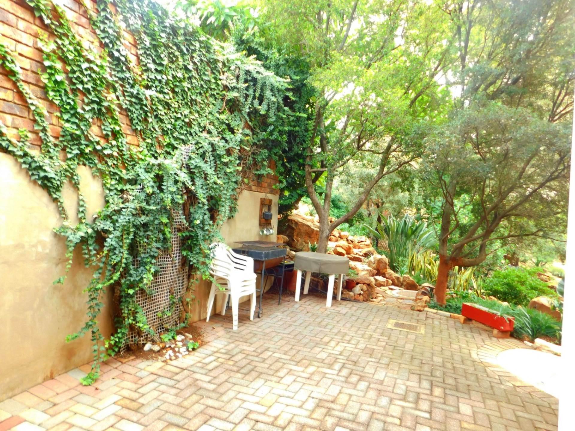 La Montagne property for sale. Ref No: 13613972. Picture no 13
