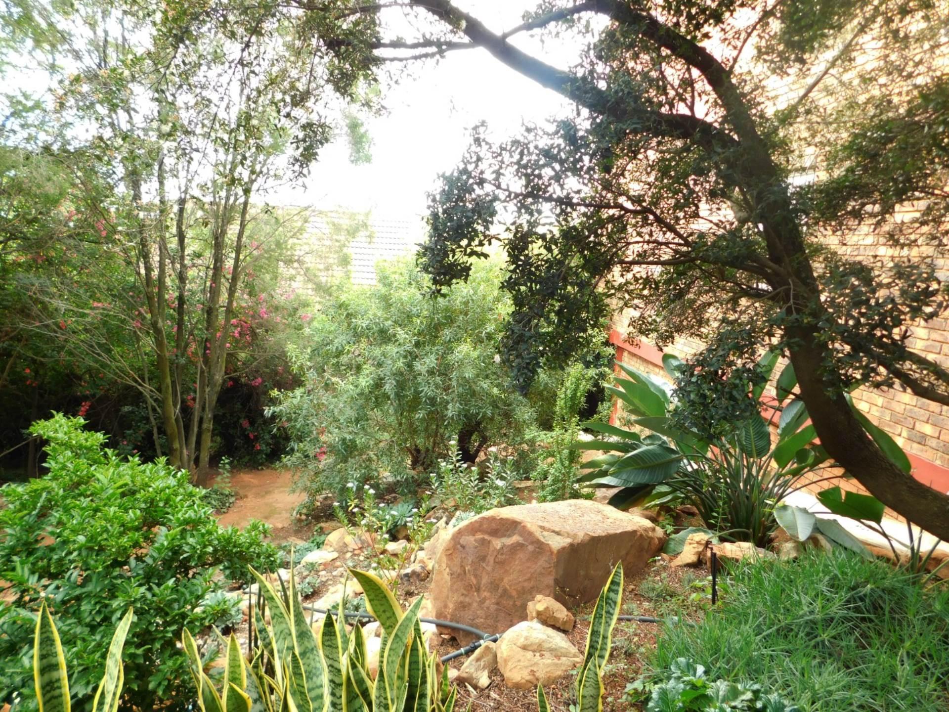 La Montagne property for sale. Ref No: 13613972. Picture no 15