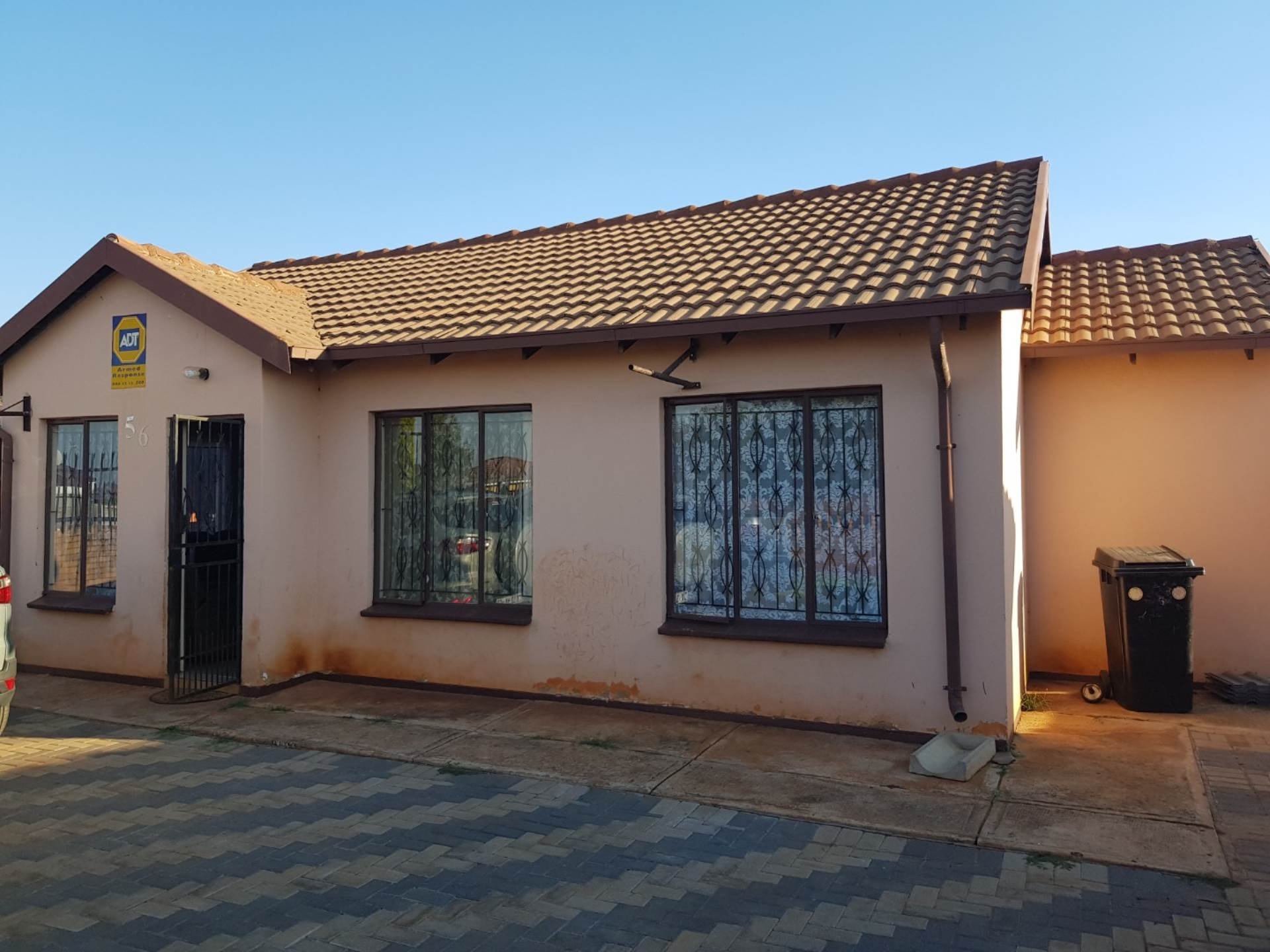 3 BedroomHouse For Sale In The Orchards
