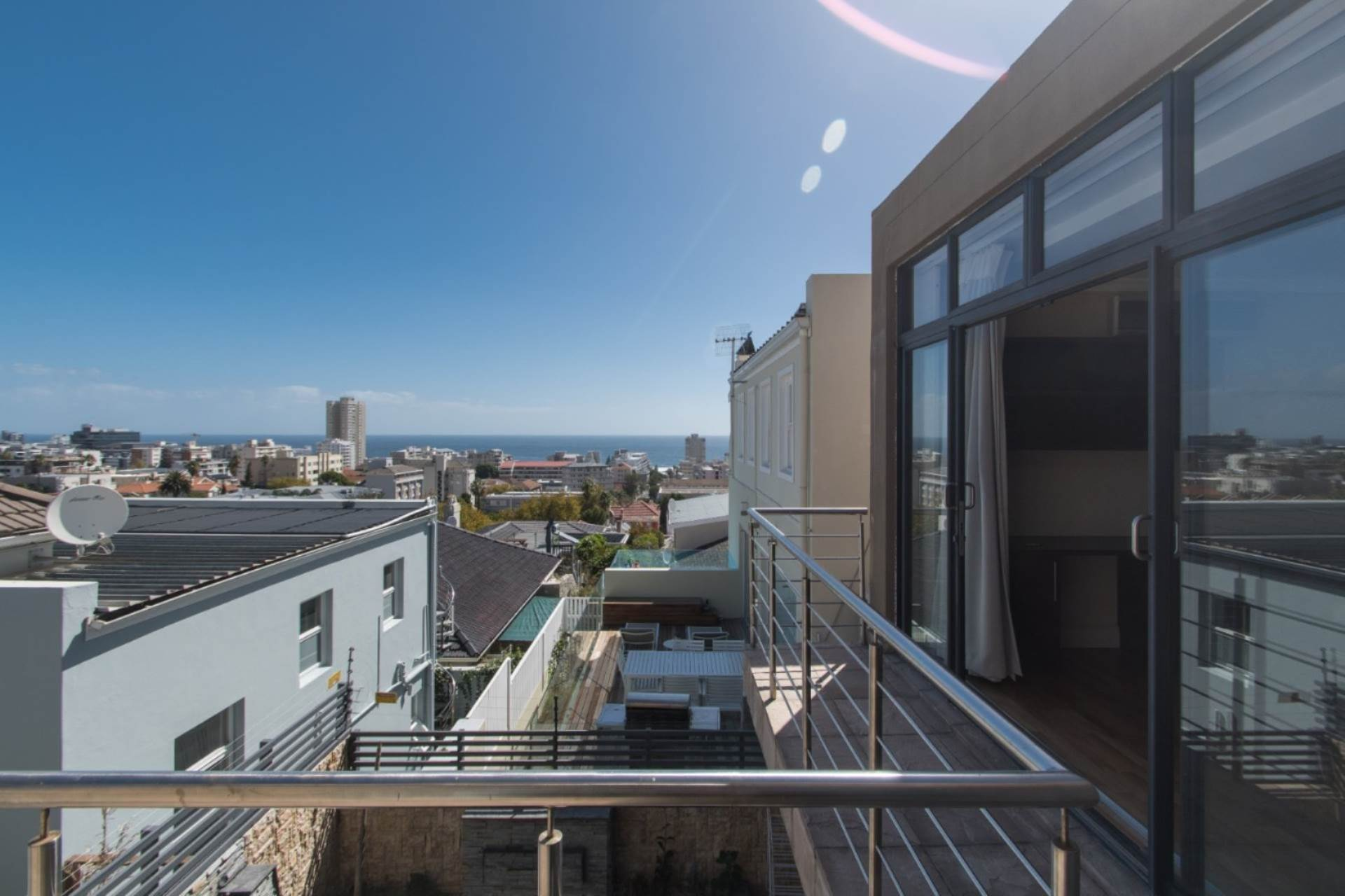 Cape Town, Sea Point Property    Houses To Rent Sea Point, SEA POINT, House 3 bedrooms property to rent Price:, 35,00*