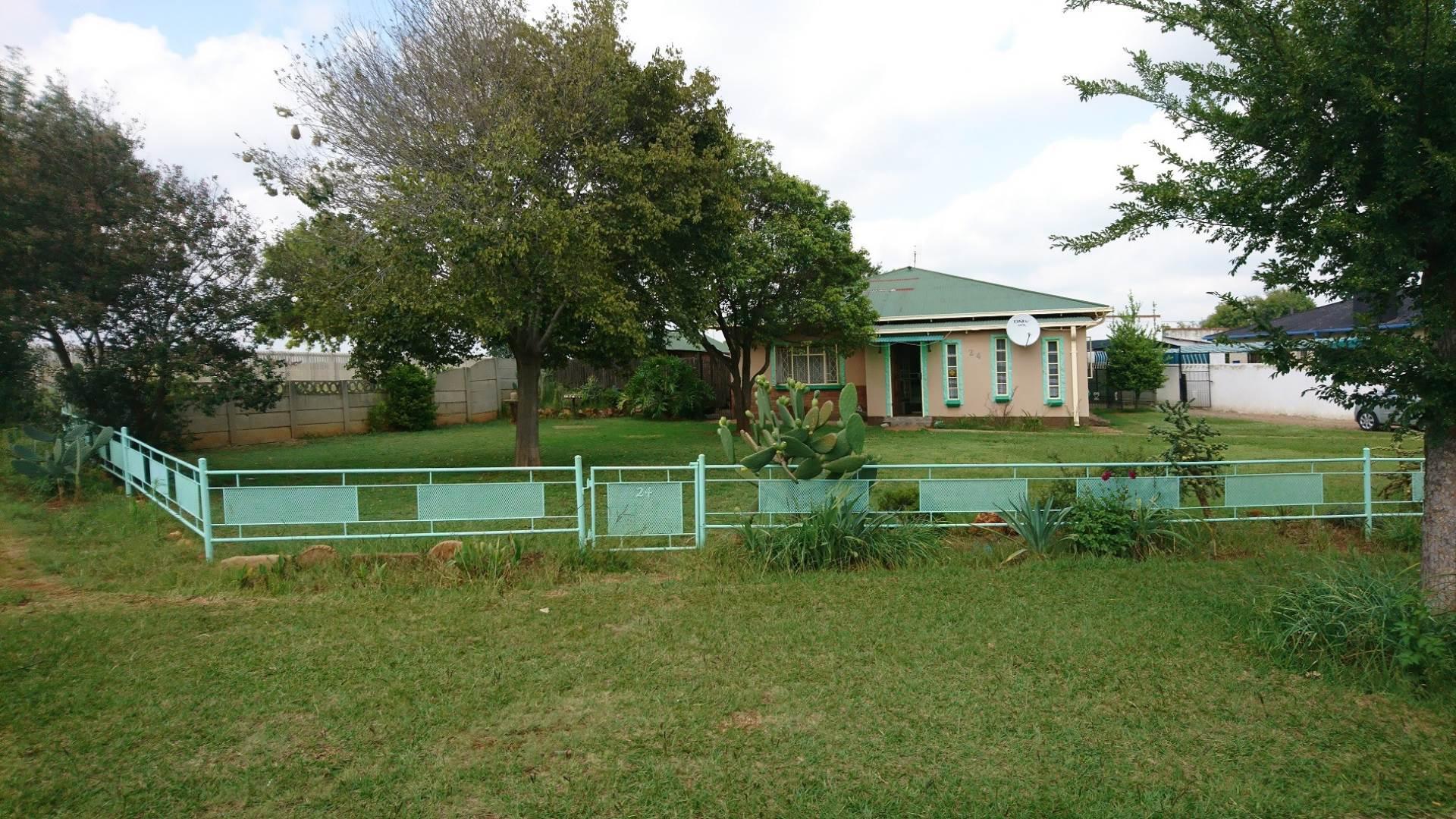 3 BedroomHouse For Sale In Westonaria