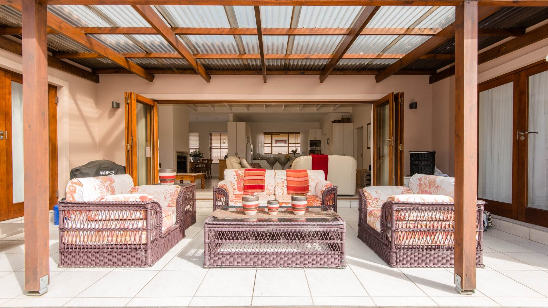 3 BedroomHouse For Sale In Whale Rock