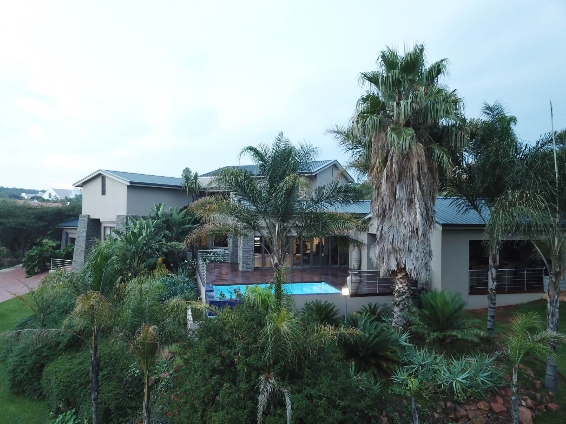 Property and Houses for sale in Mooikloof Equestrian Estate, House, 4 Bedrooms - ZAR 11,250,000