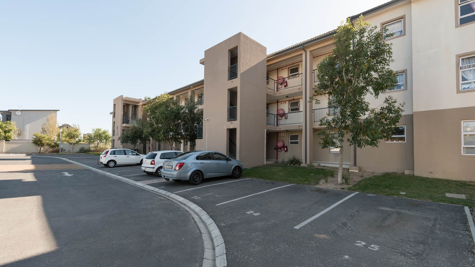 2 BedroomApartment For Sale In Kraaifontein