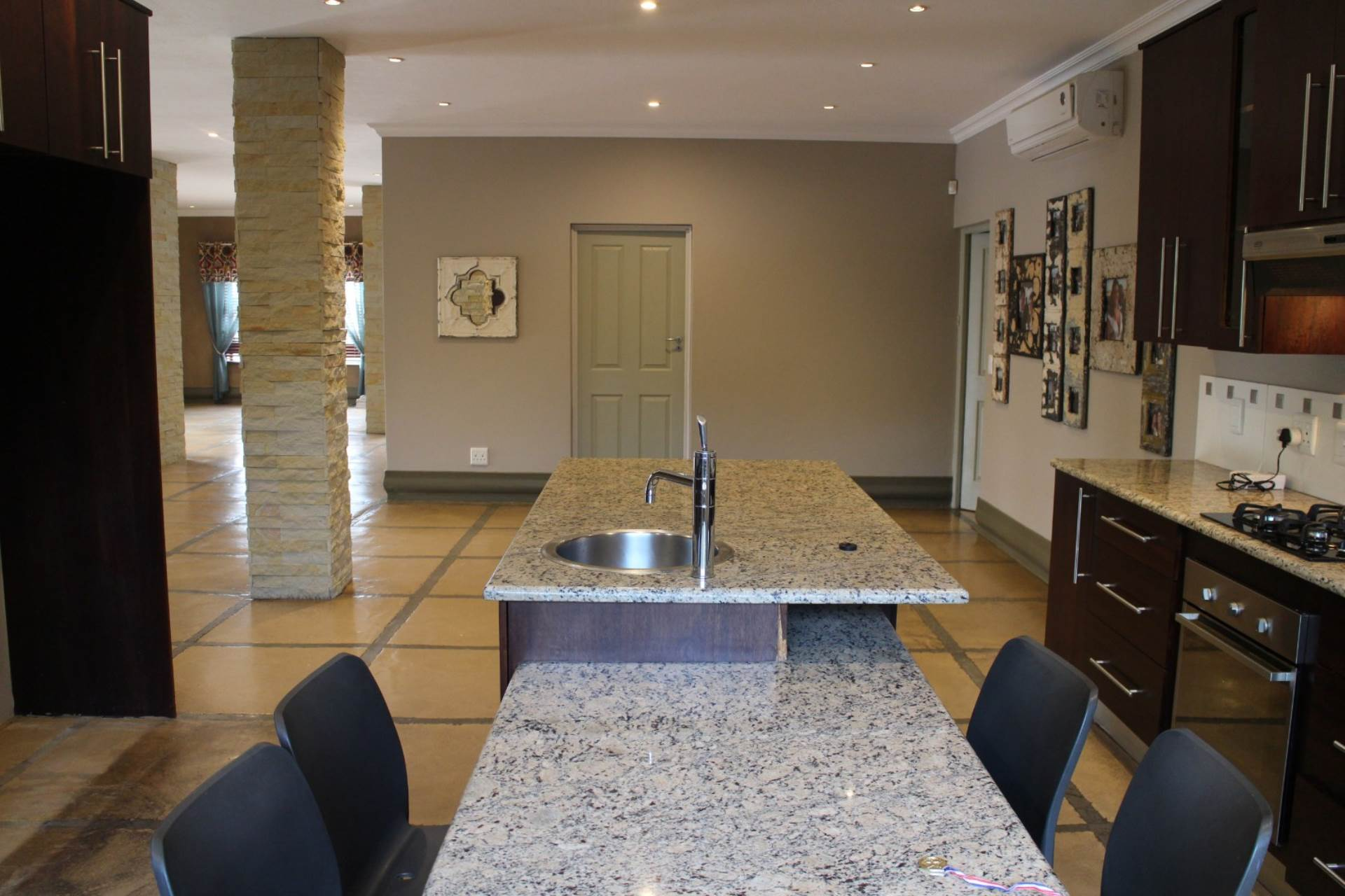 Willow Acres Estate property for sale. Ref No: 13617041. Picture no 24