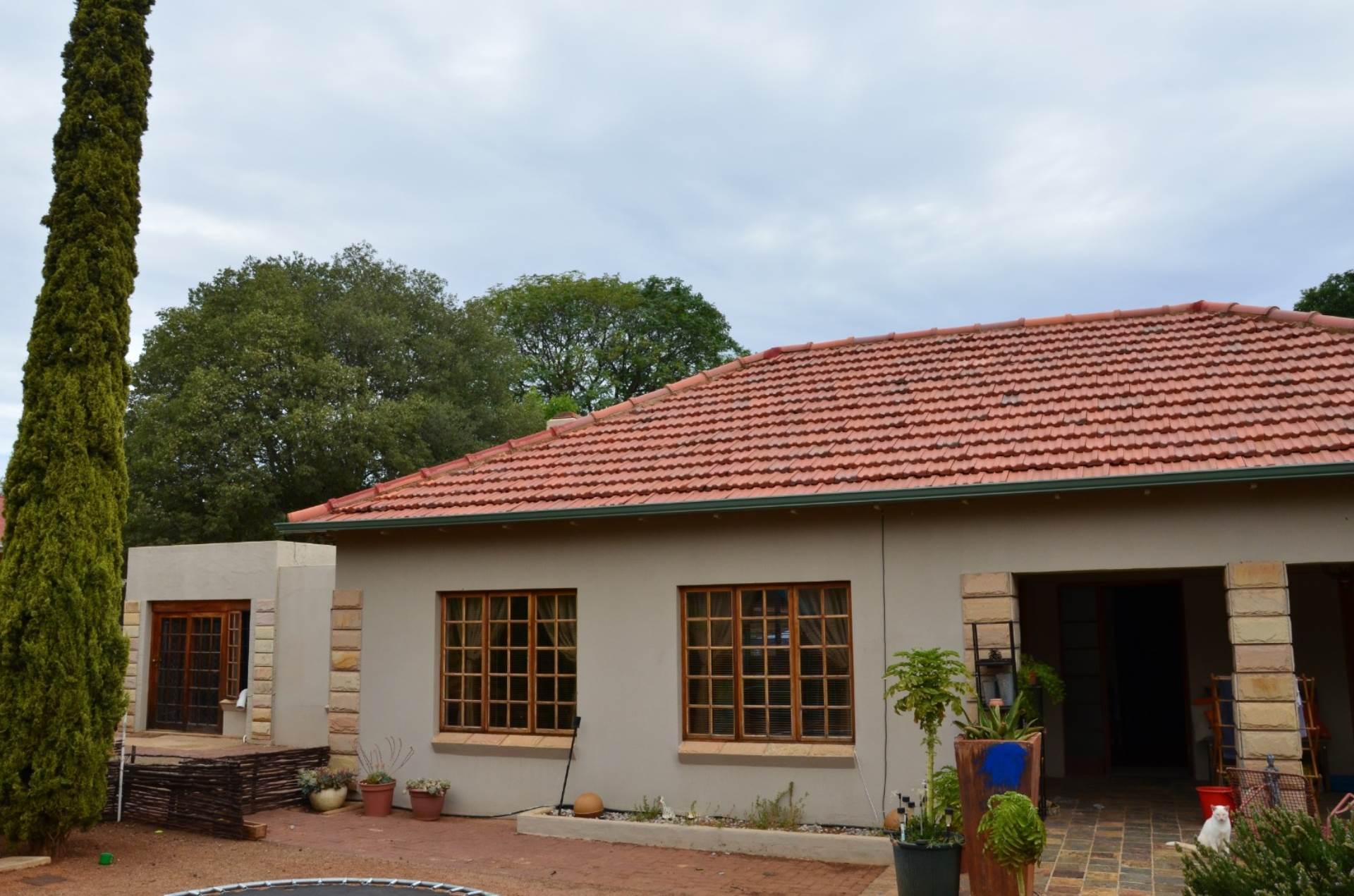 4 BedroomHouse For Sale In Westdene