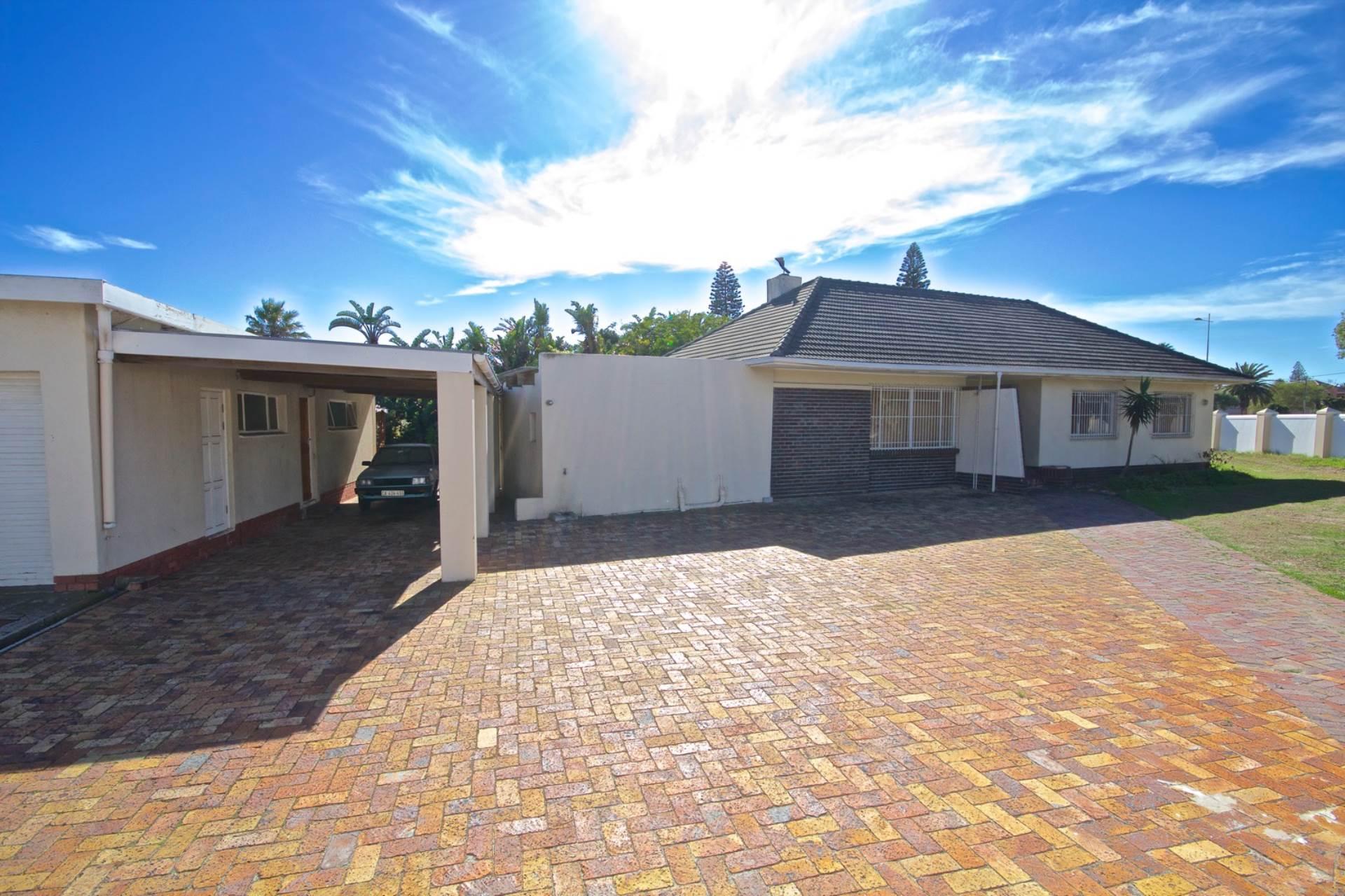 Milnerton, Milnerton Property    Houses For Sale Milnerton, MILNERTON, House 5 bedrooms property for sale Price:3,999,000